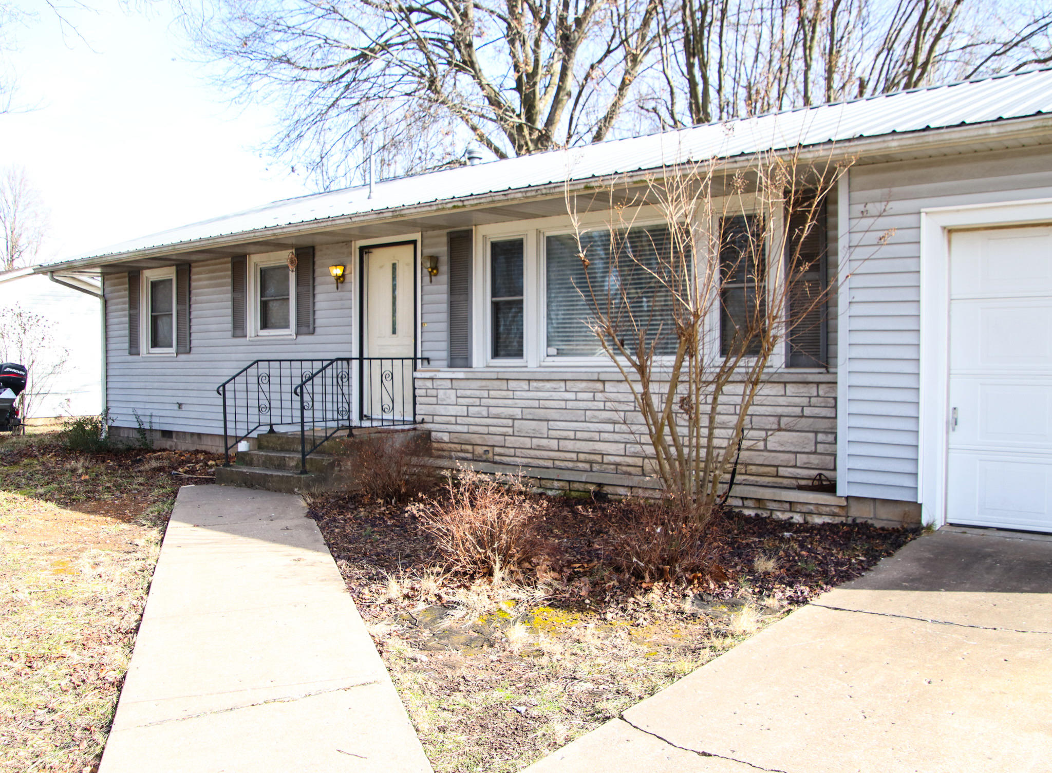 108 North Westview Drive Marionville, MO 65705
