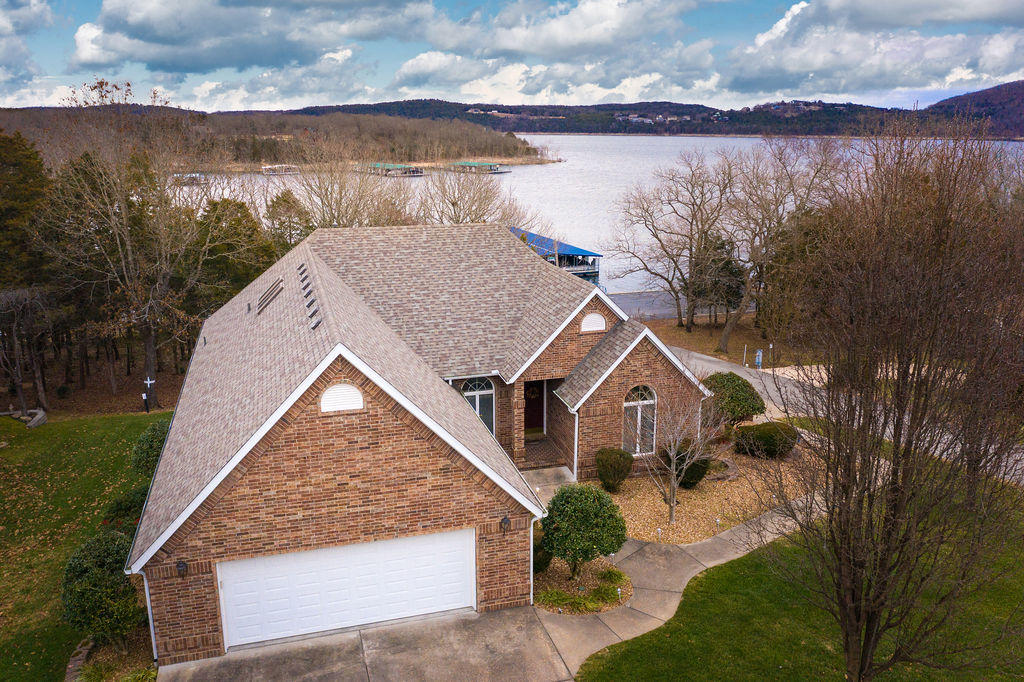 353 Hidden Shores Drive Branson West, MO 65737