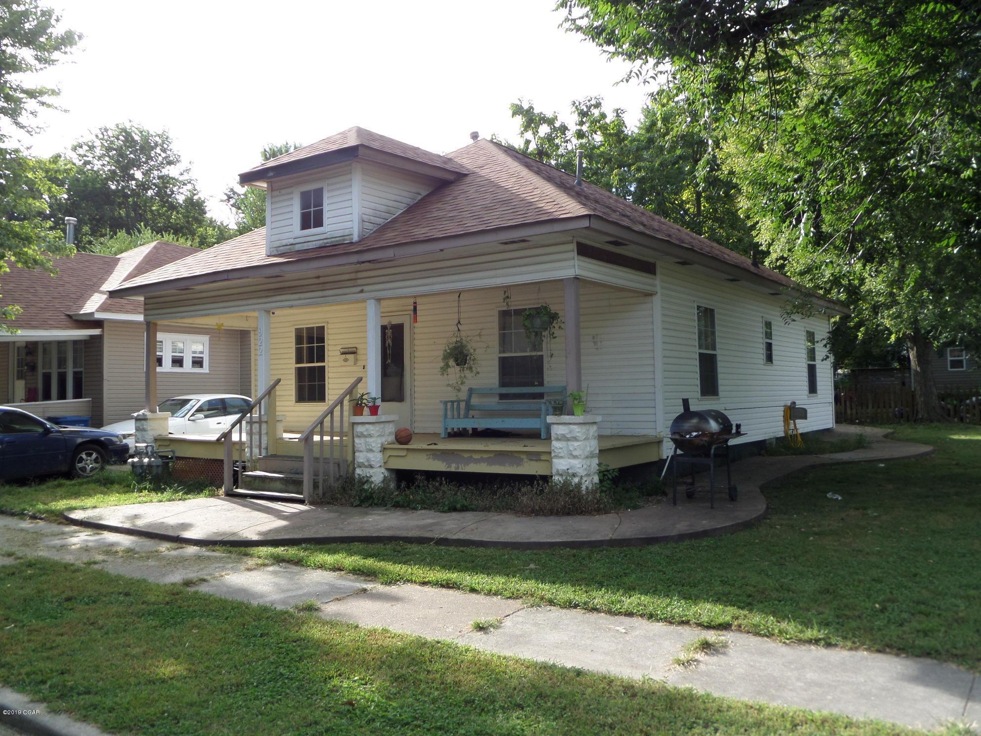 922 West 5th Street Joplin, MO 64801