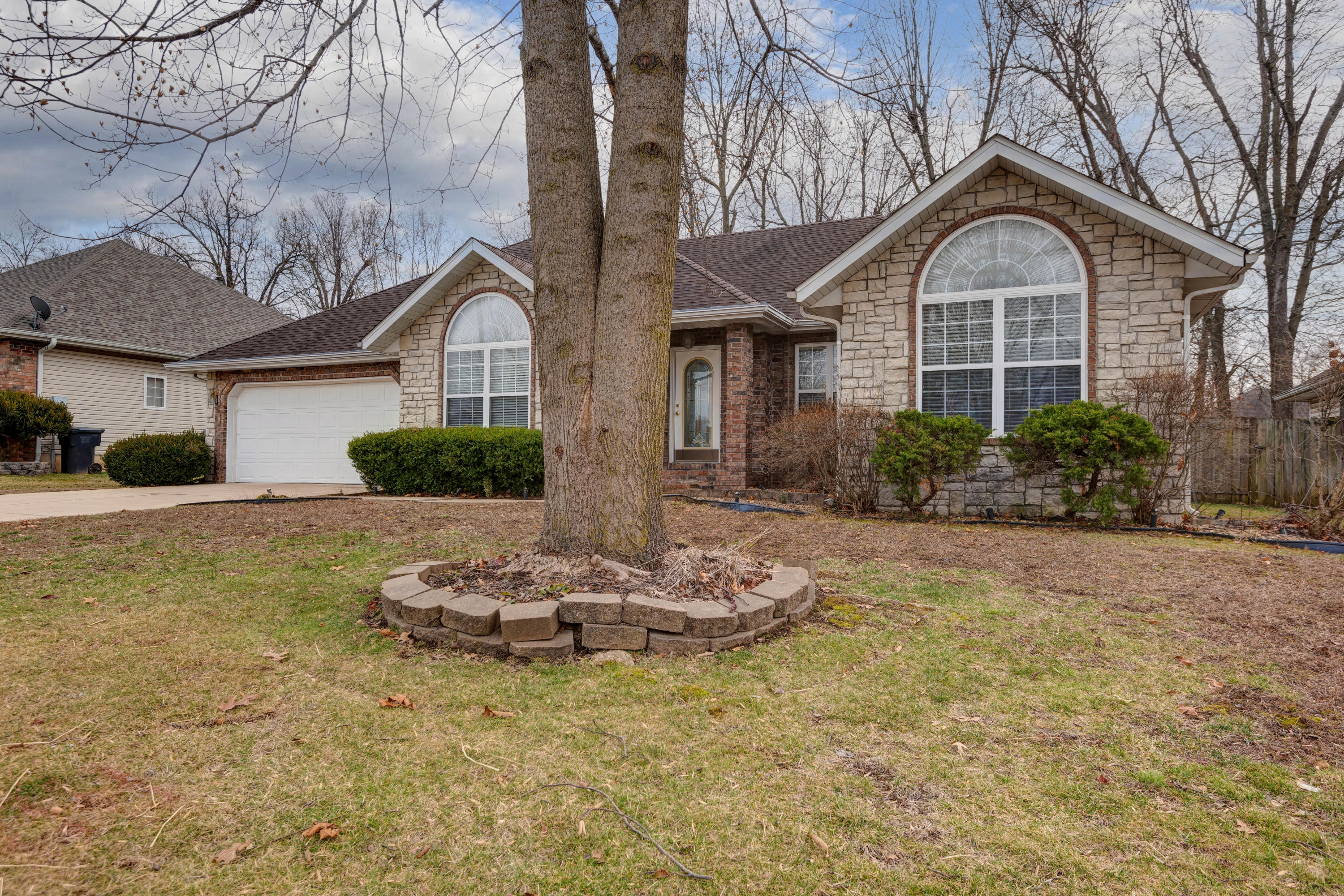 3990 West Greenwood Street Springfield, MO 65807