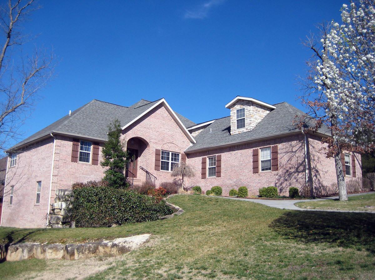 101 Galewood Drive Branson, MO 65616