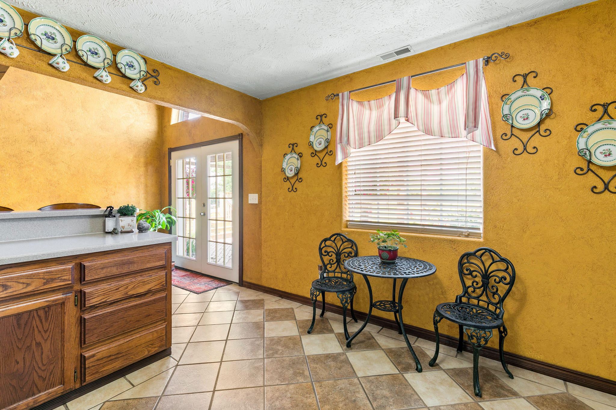 16606 Lawrence Marionville, MO 65705