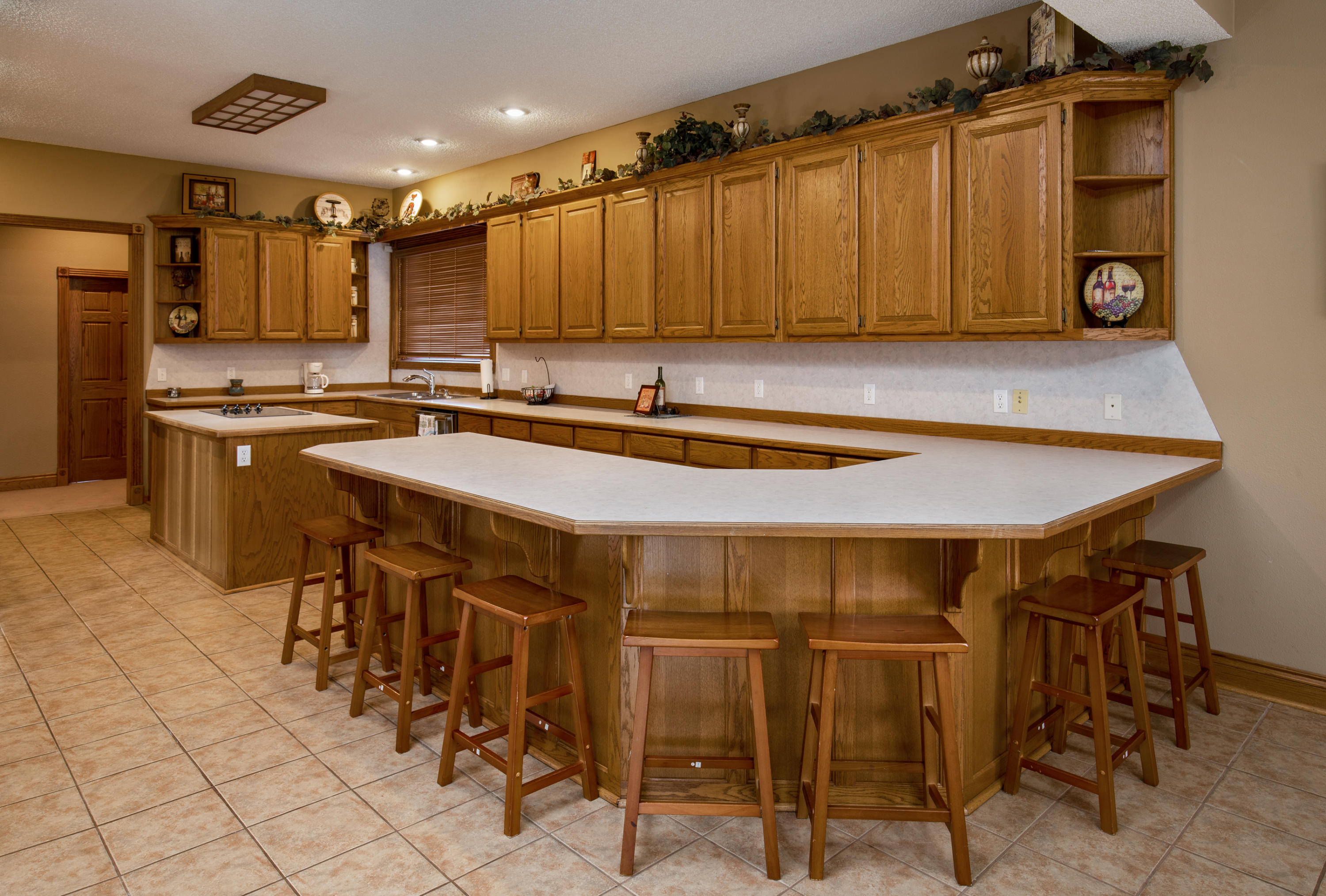 1013 Silvercrest Place Reeds Spring, MO 65737