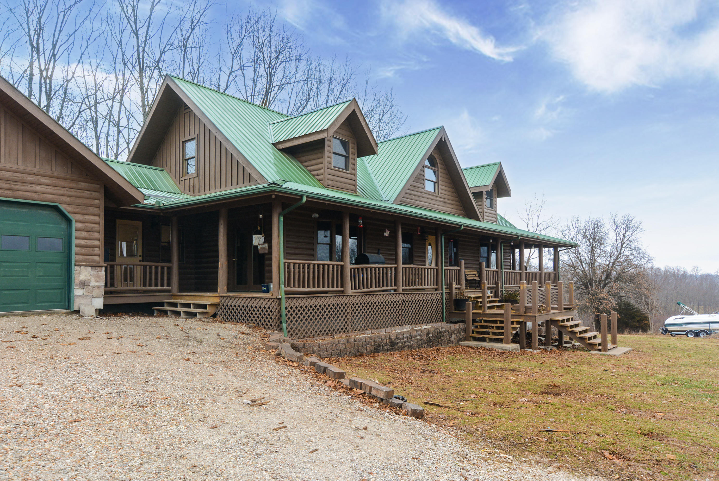 13915 Farm Road Cassville, MO 65625