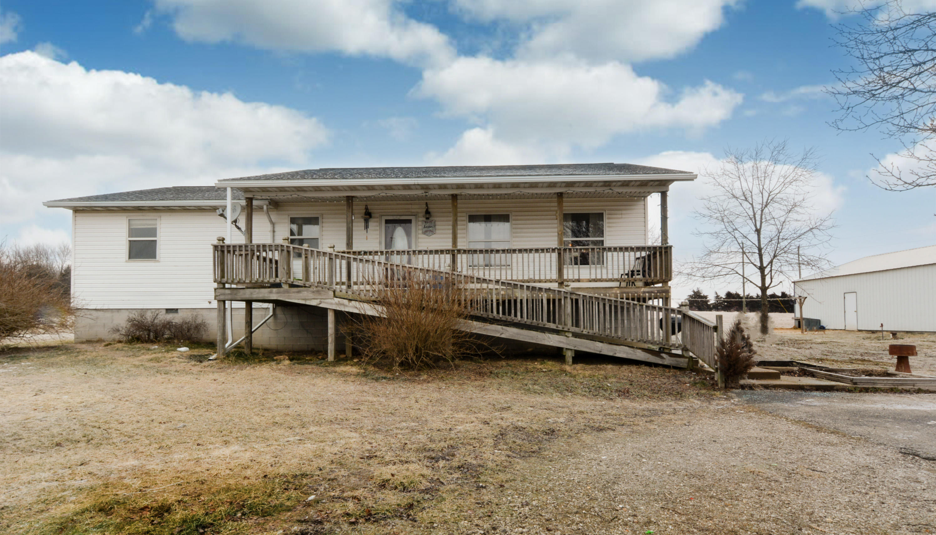 209 Forkners Hill Road Conway, MO 65632