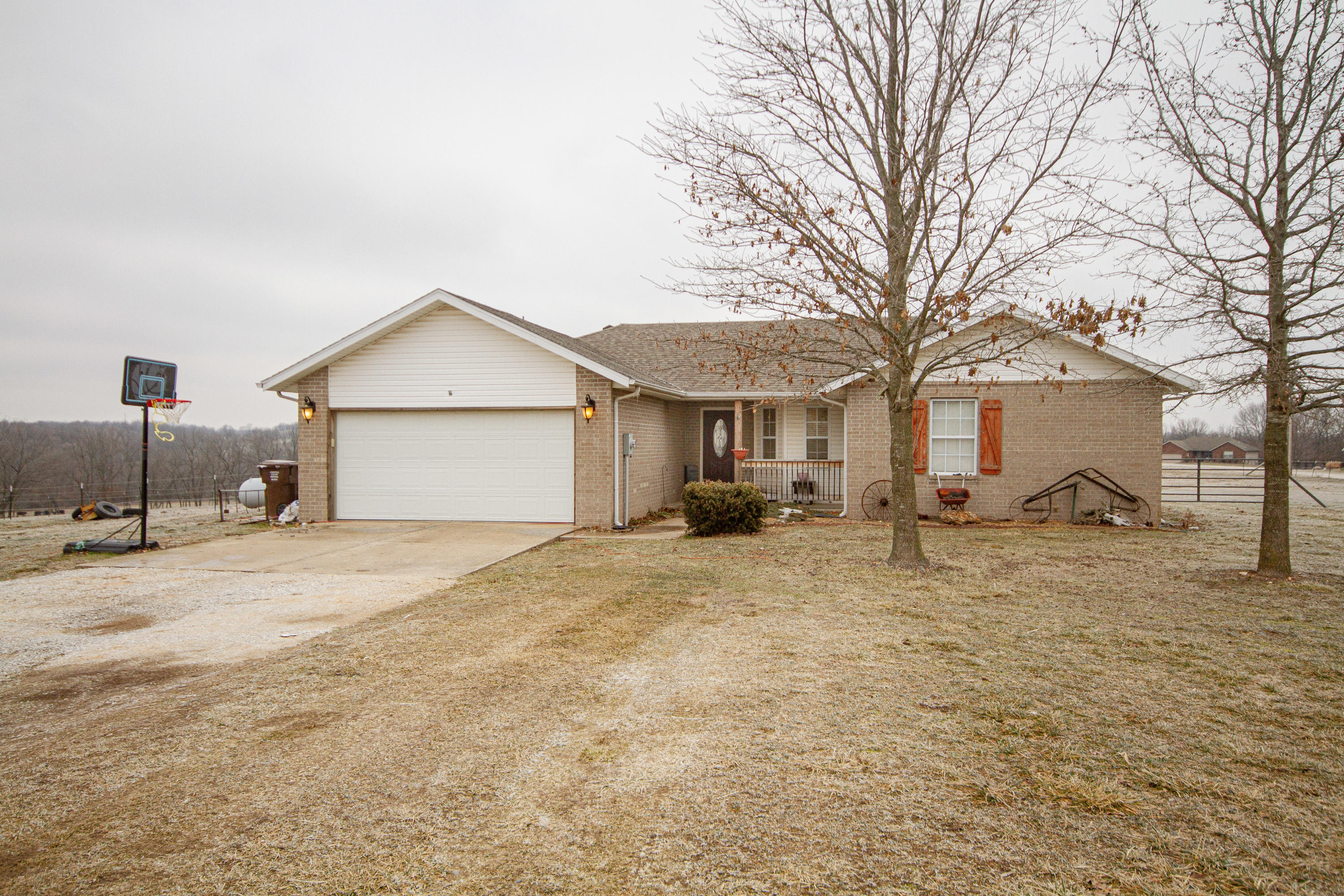 2005 Willoughby Road Clever, MO 65631