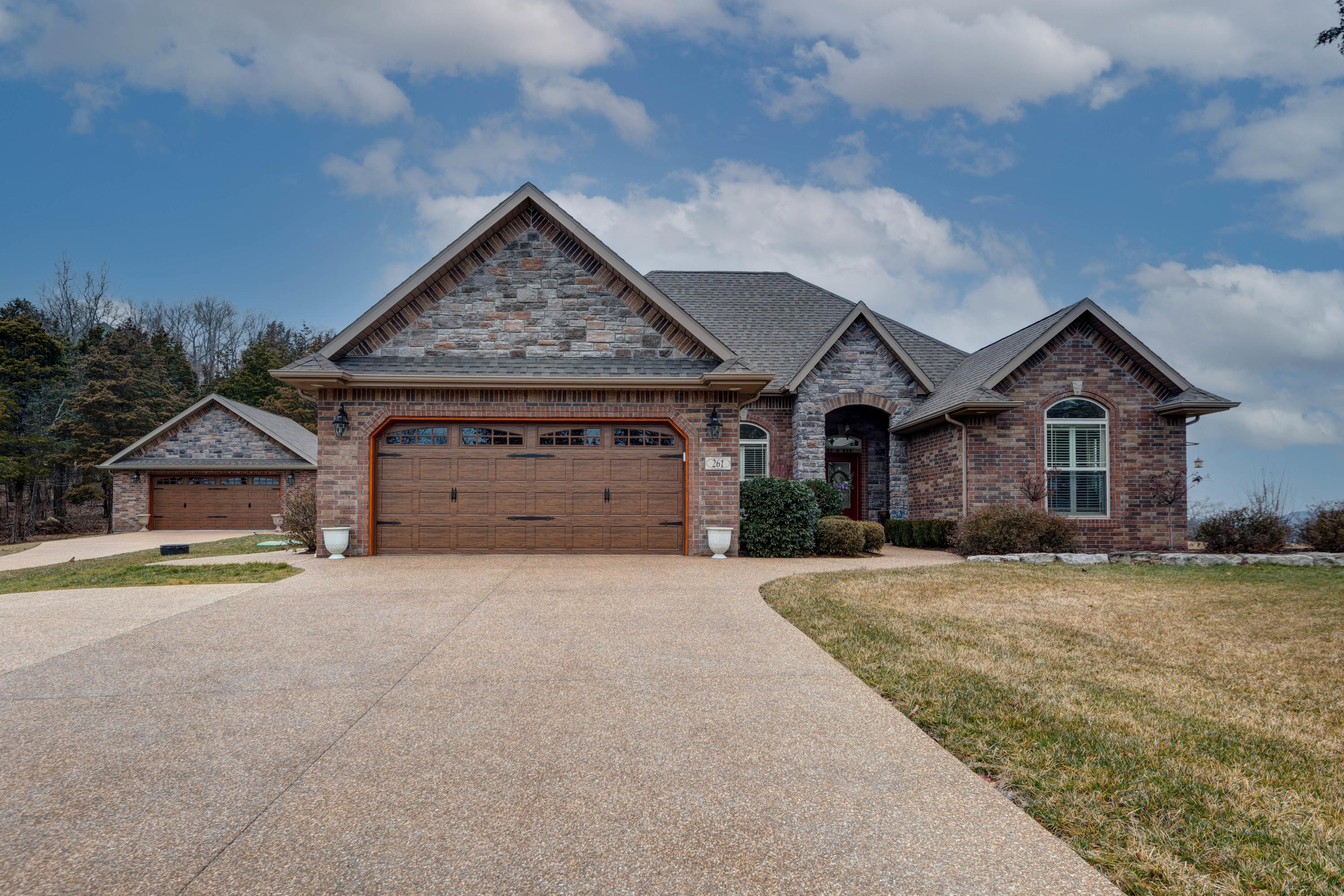 261 Mark Twain Drive UNIT & Lot 85a Saddlebrooke, MO 65630