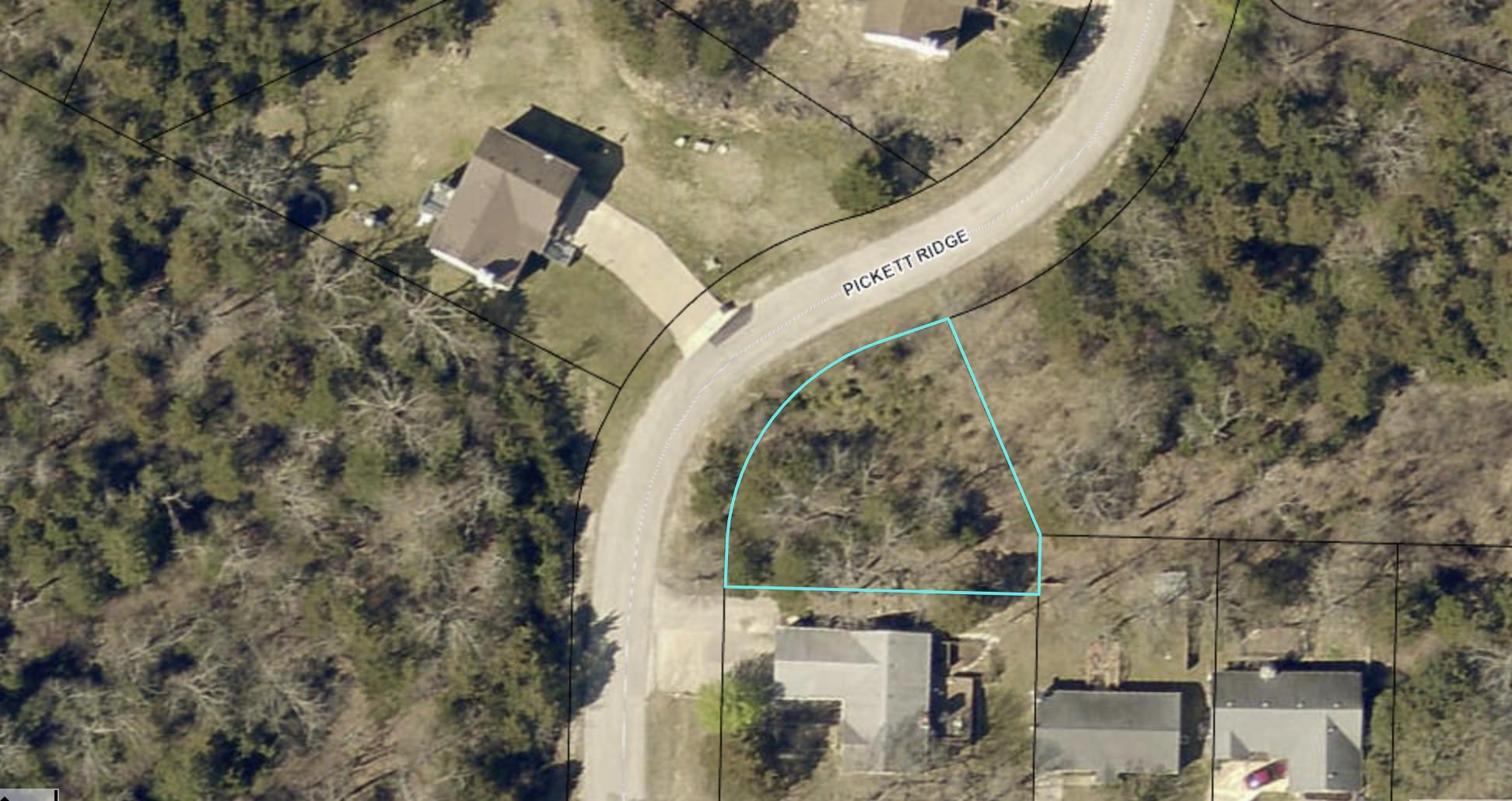285 Pickett Ridge Kirbyville, MO 65679