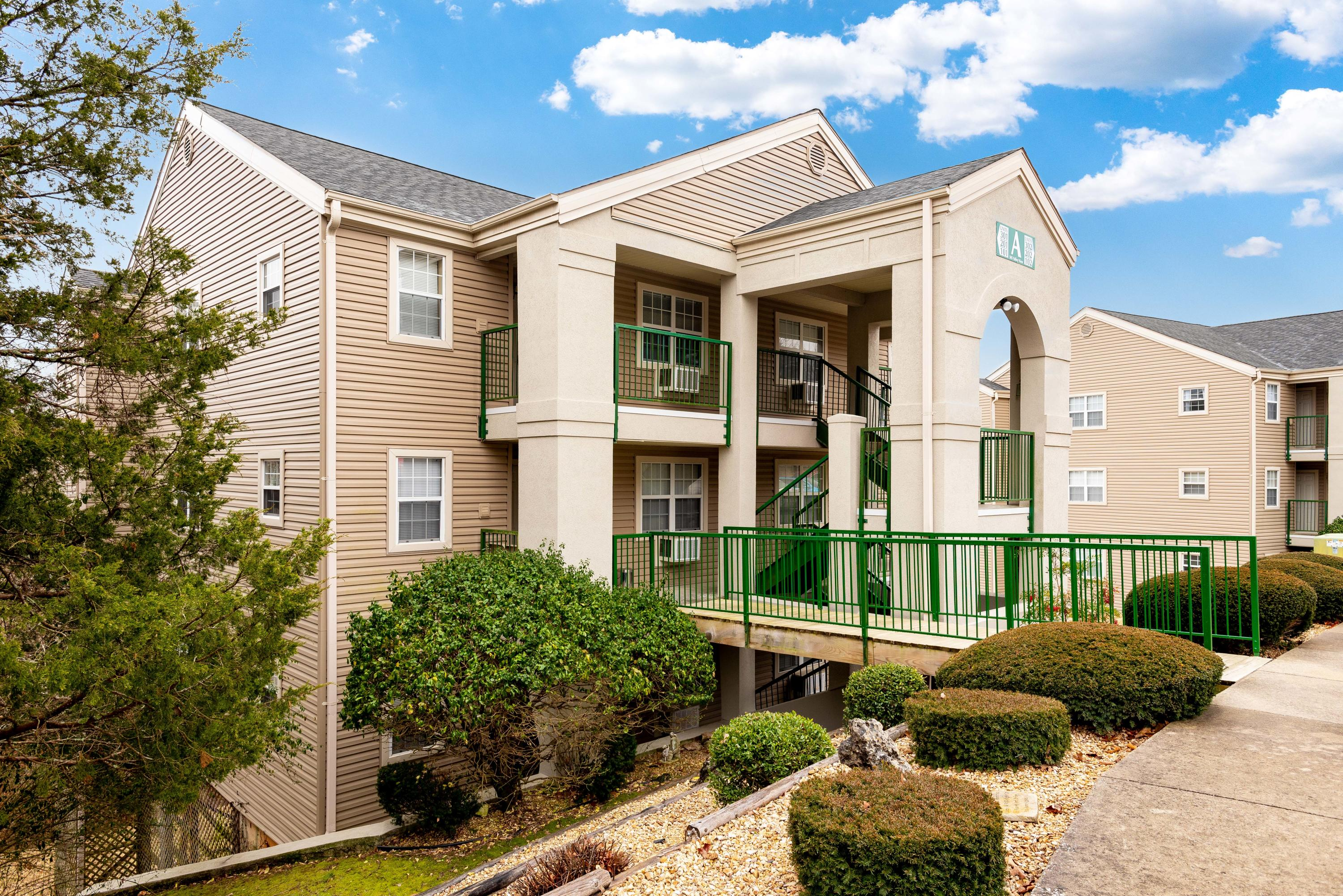 505 Valley View Drive UNIT #301 Branson, MO 65616