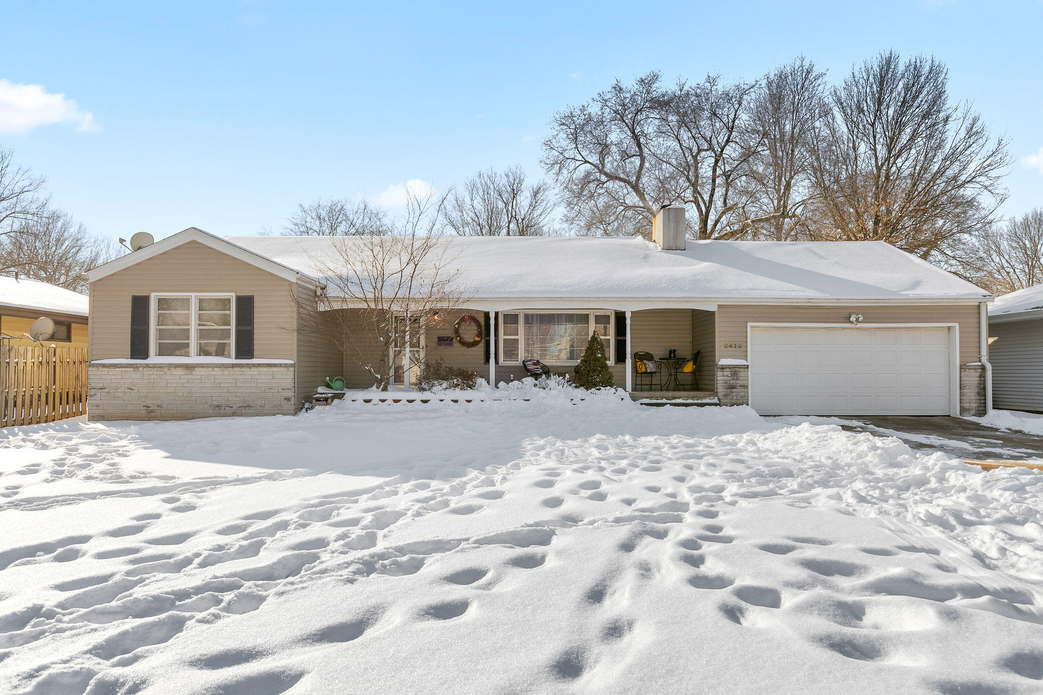 2419 South Luster Avenue Springfield, MO 65804