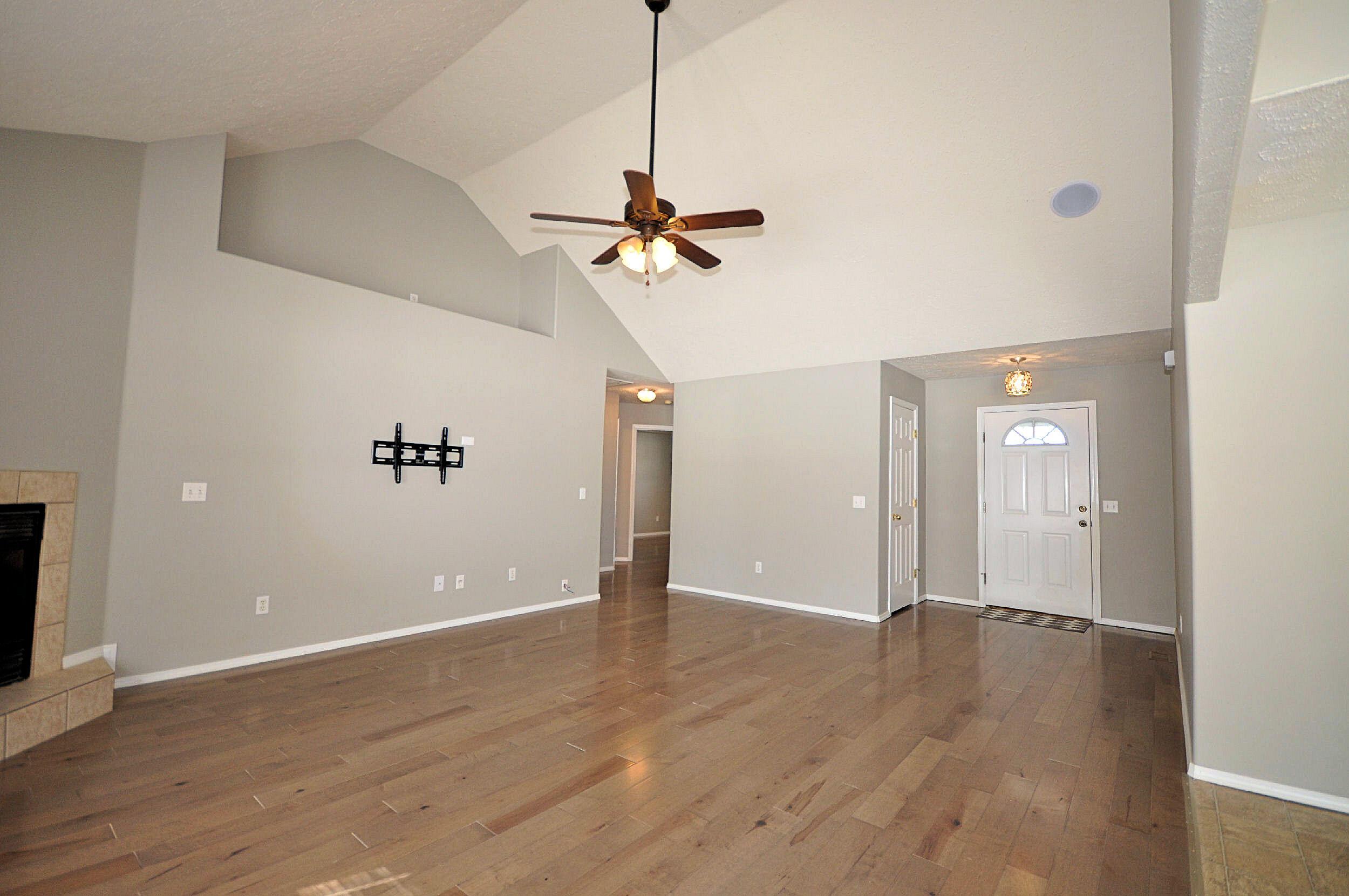 706 West Ridgecrest Street Ozark, MO 65721
