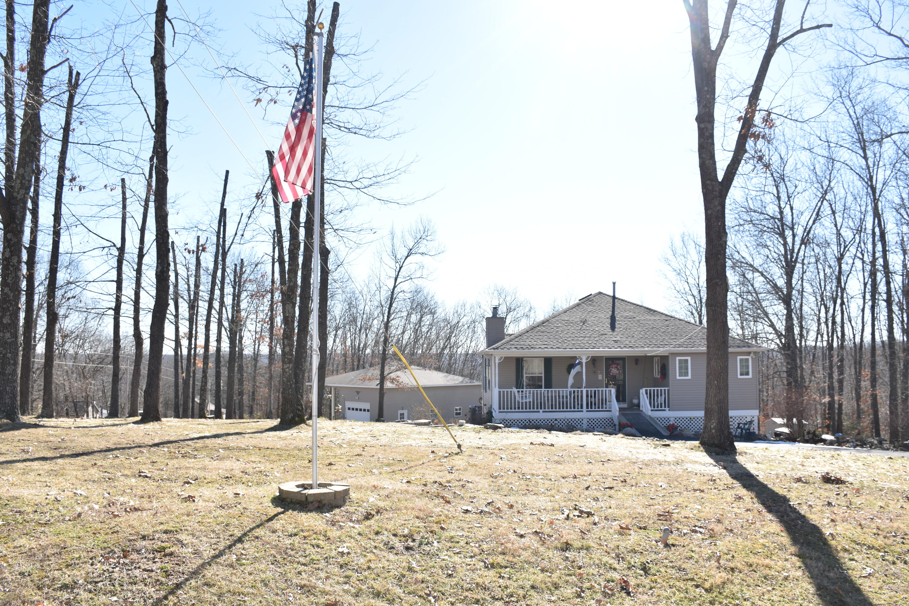 30 Thruwoods Road Cape Fair, MO 65624