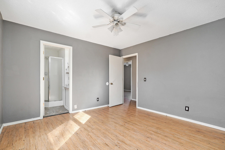 127 North Fairwood Avenue Republic, MO 65738