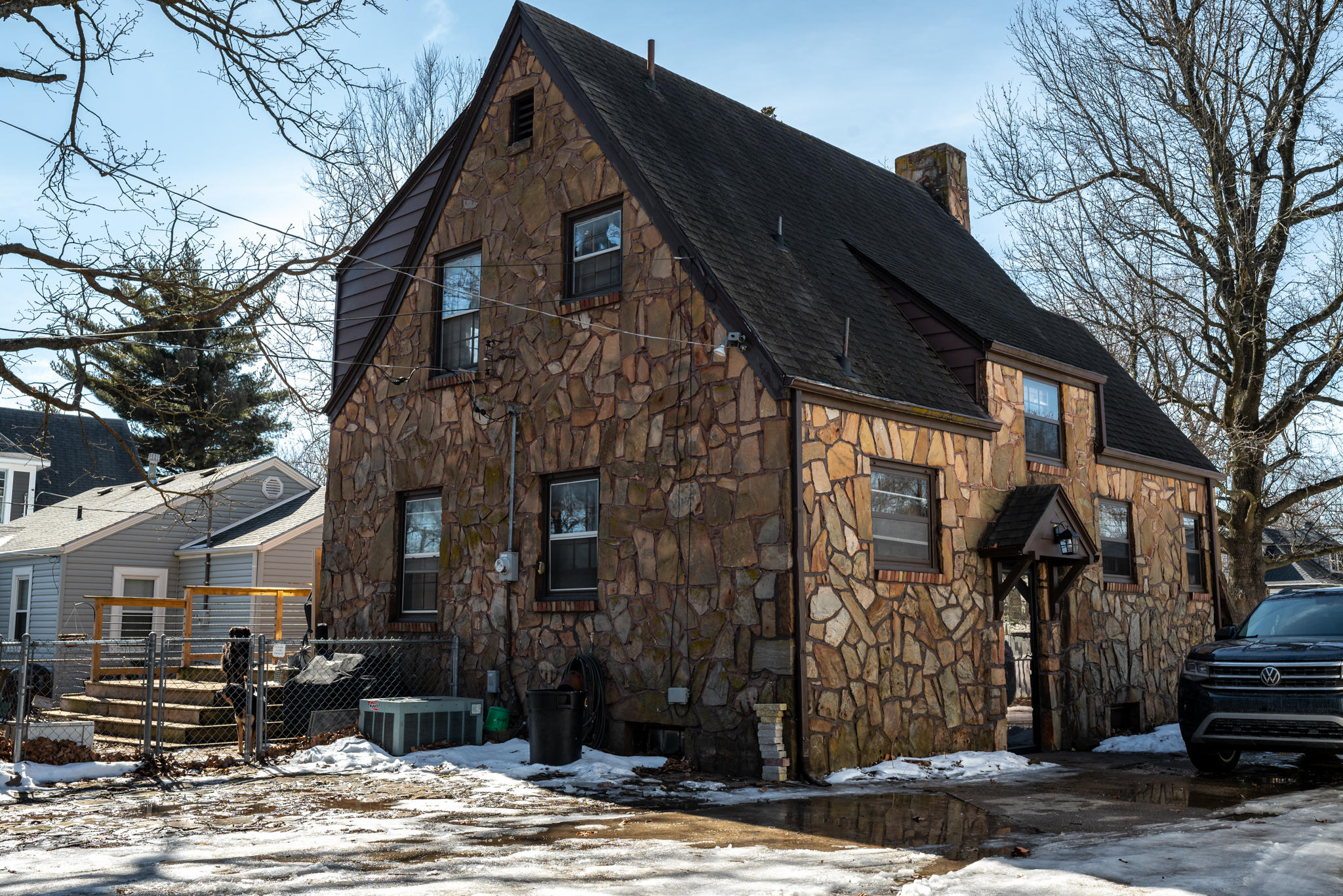 1886 North Douglas Avenue Springfield, MO 65803