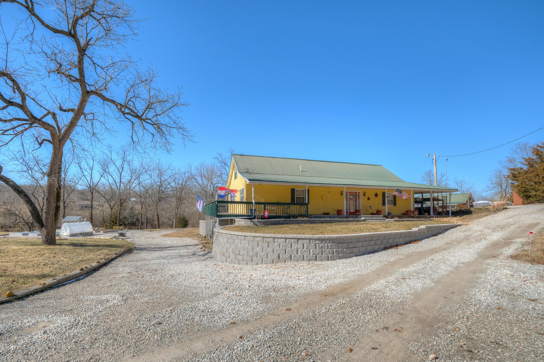3284 Gum Road Seneca, MO 64865