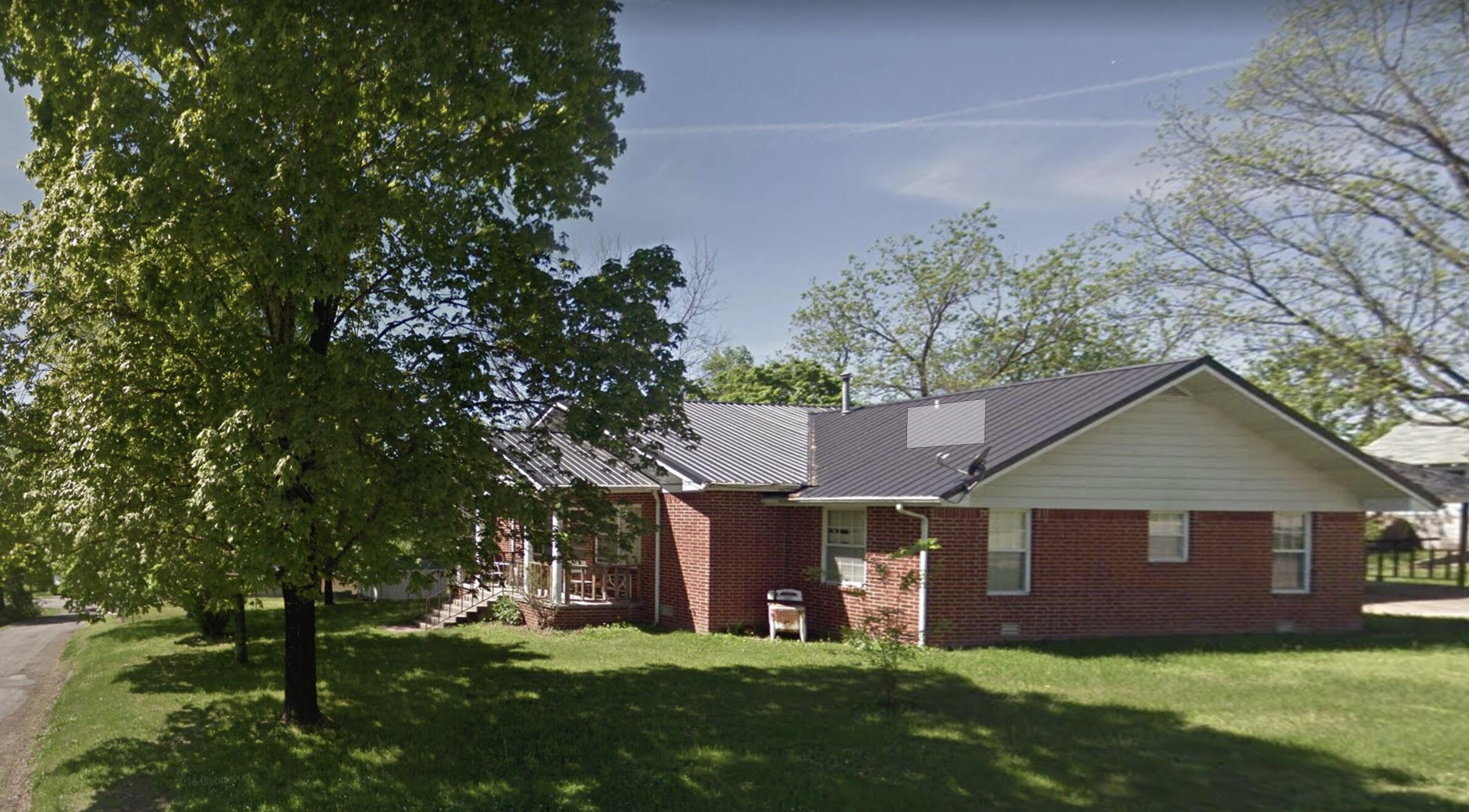 158 4th Street Gainesville, MO 65655