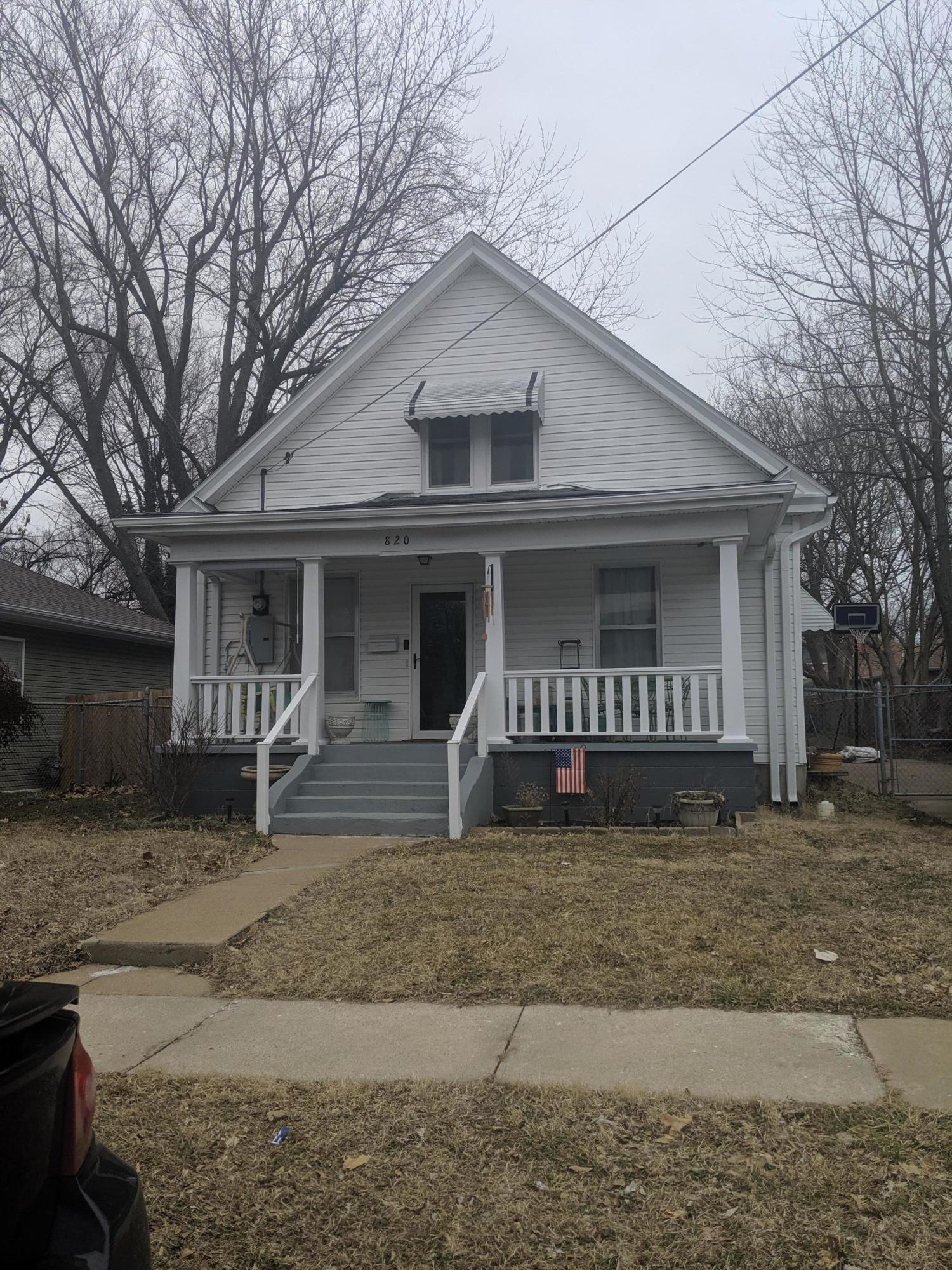 820 South New Avenue Springfield, MO 65806