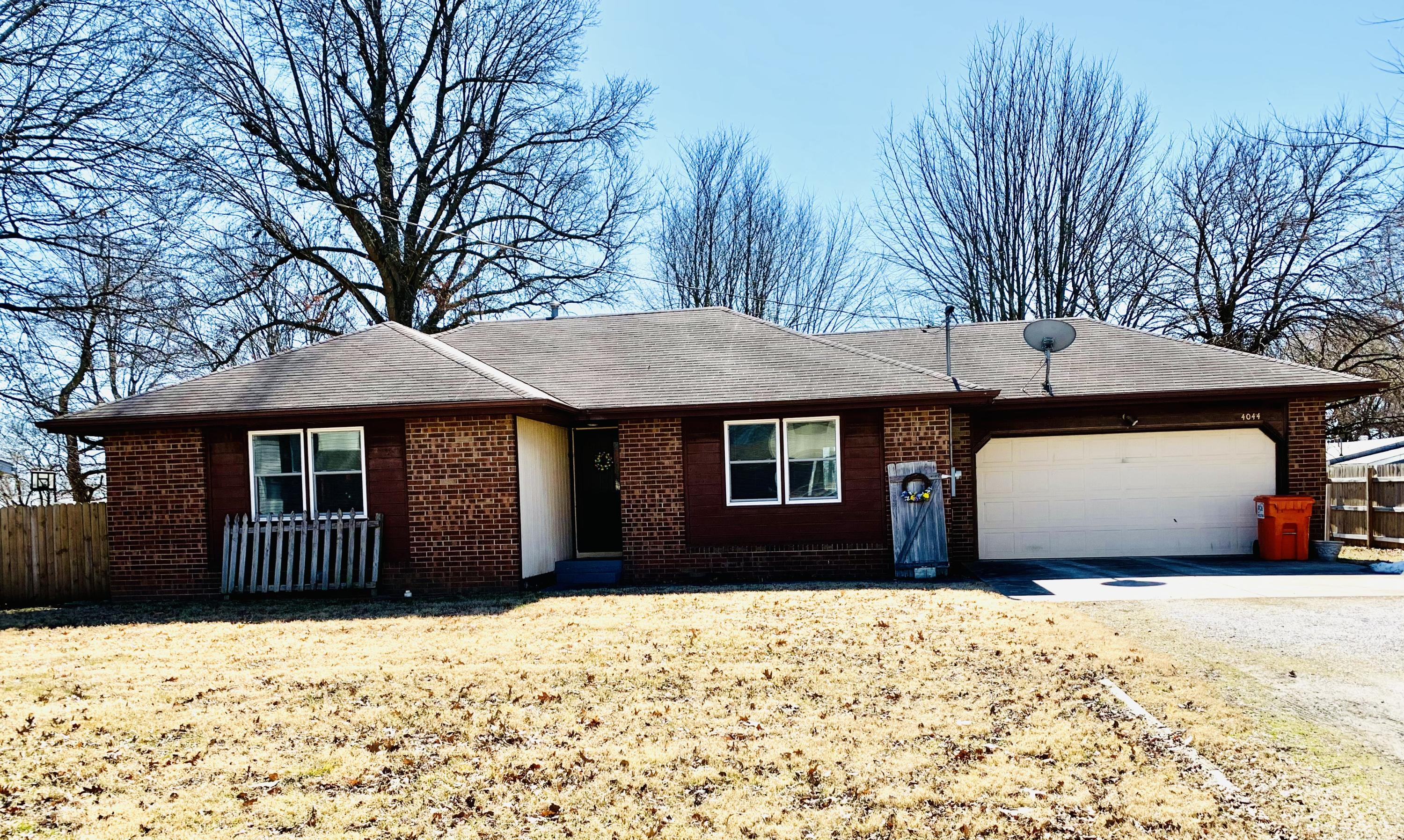 4044 West Collings Street Springfield, MO 65803