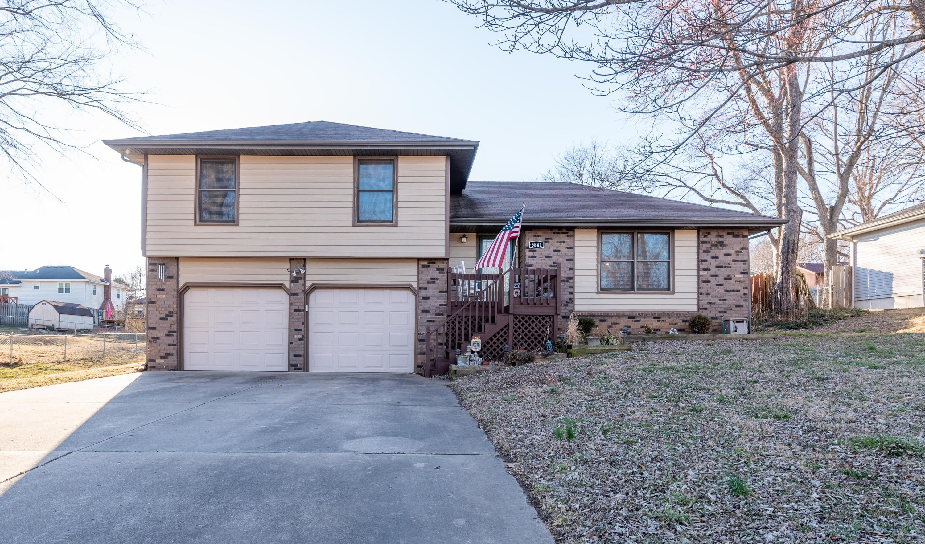 5841 South Lilac Lane Battlefield, MO 65619