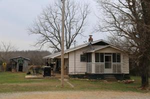 3113 County Road Alton, MO 65606