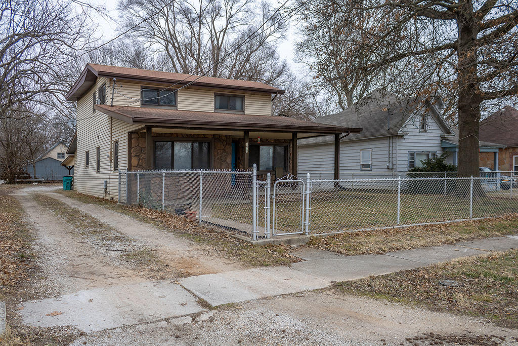 1617 West Atlantic Street Springfield, MO 65803