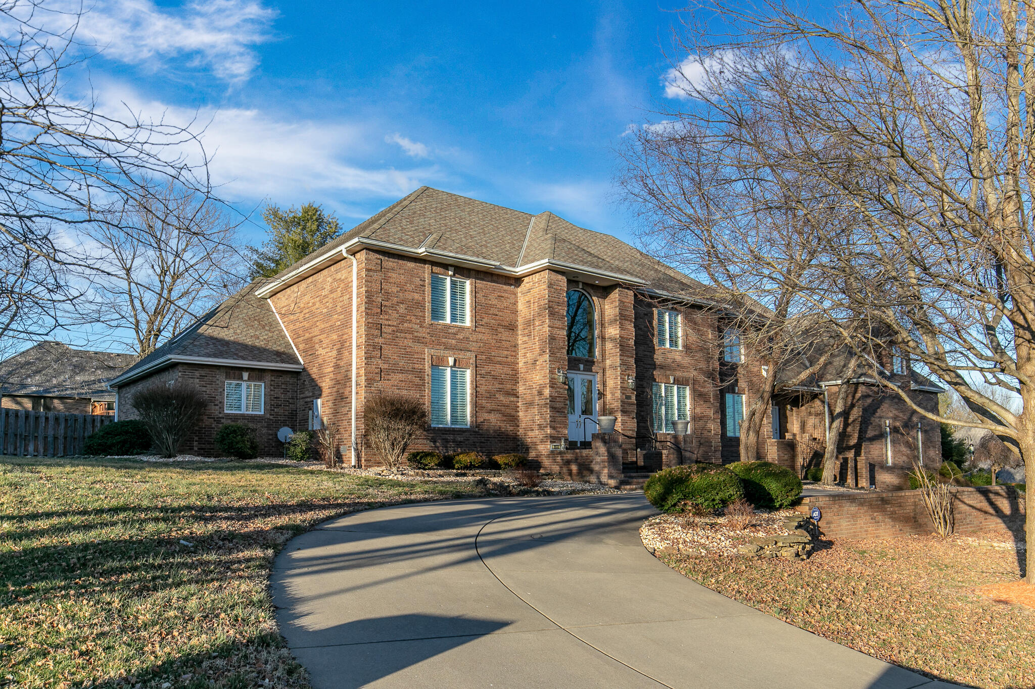 2033 East Norshire Street Springfield, MO 65804