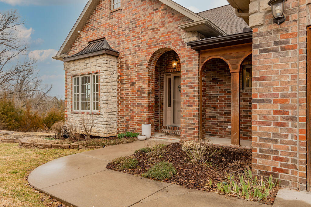 251 Stone Creek Road Walnut Shade, MO 65771