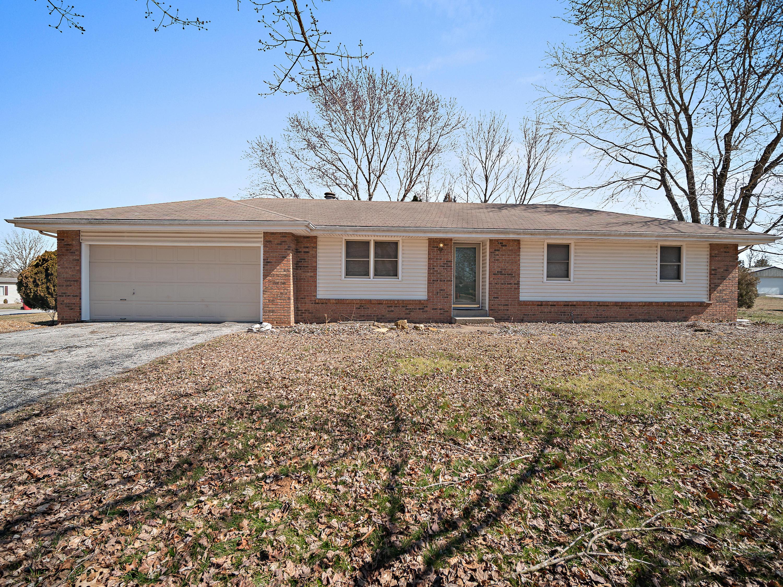 4036 South Tallyrand Avenue Rogersville, MO 65742