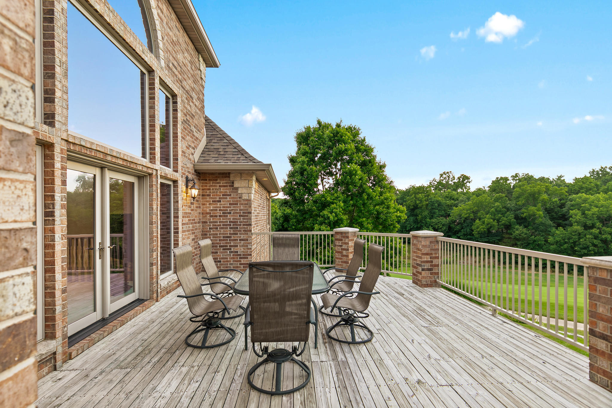 6040 South Natural Falls Drive Ozark, MO 65721