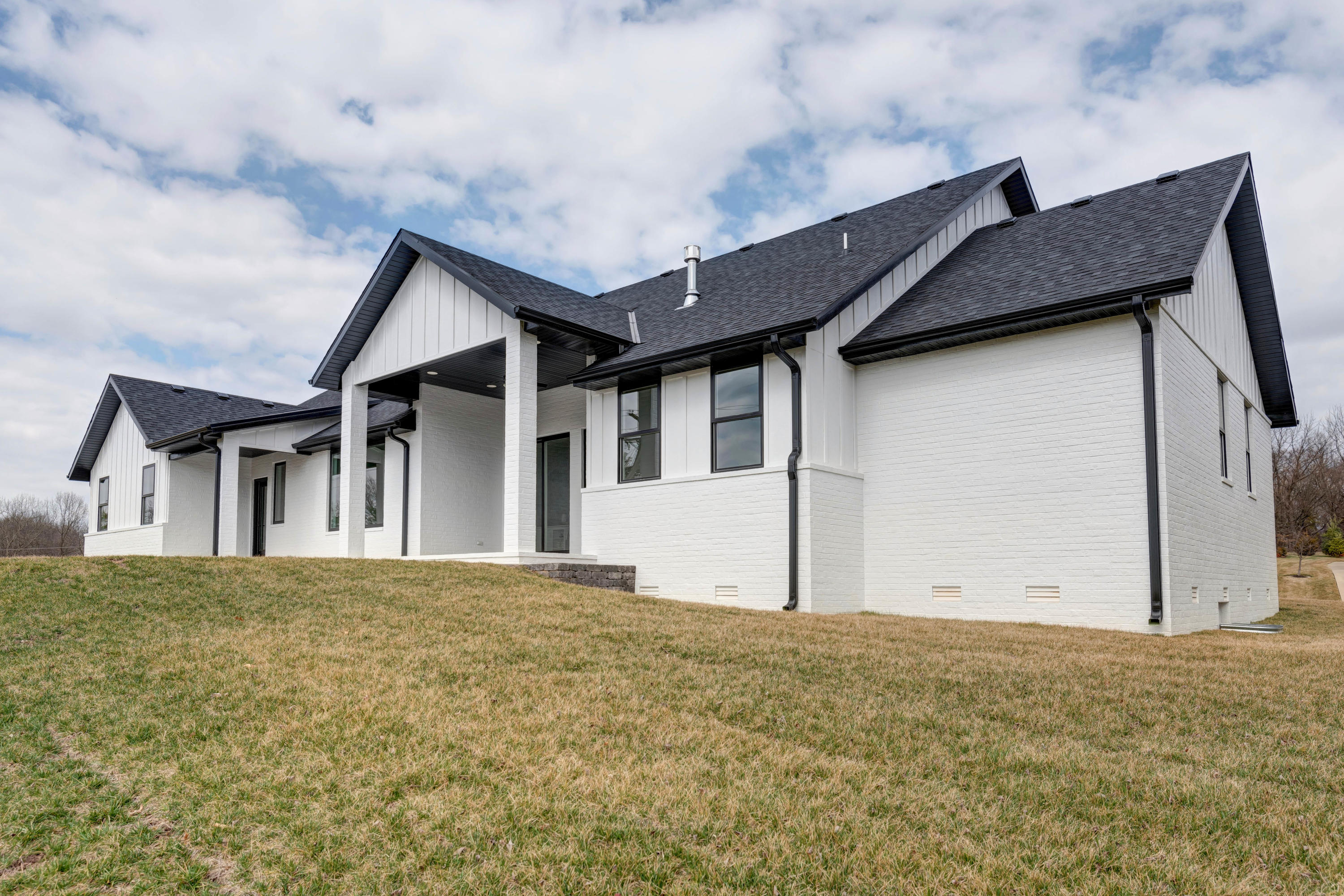 3956 East Burks Place Springfield, MO 65809