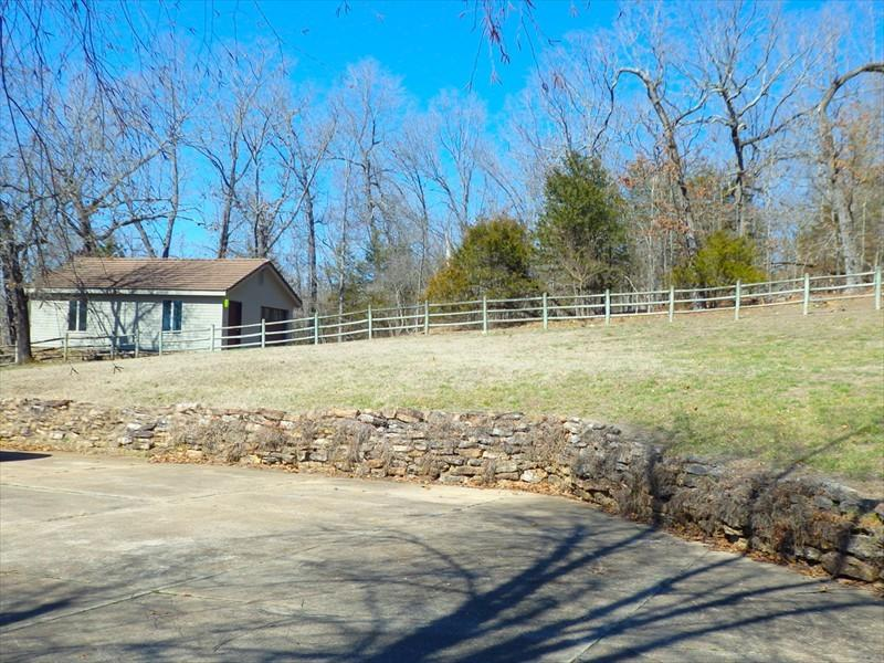 517 Lost Mine Road Theodosia, MO 65761
