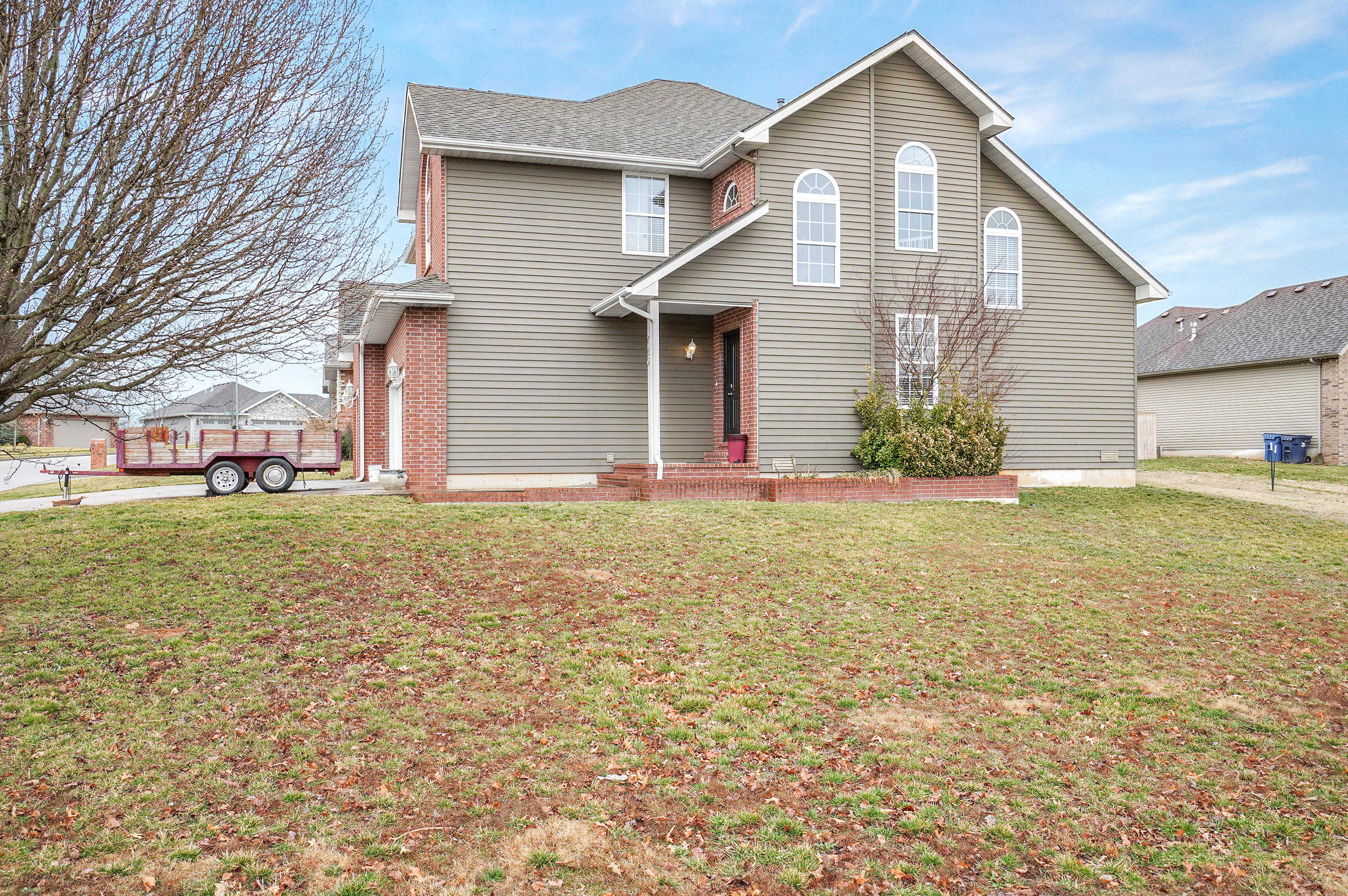 720 East Placer Mill Road Nixa, MO 65714