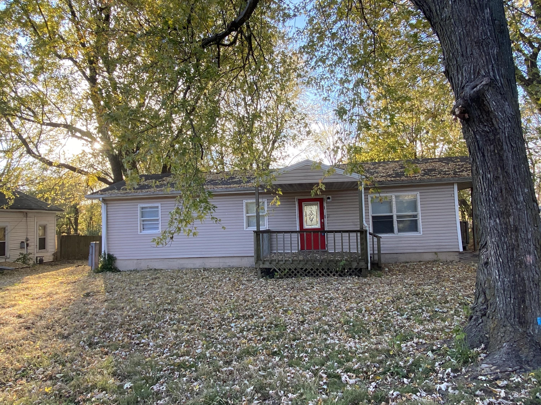 321 North Perryman Avenue Ash Grove, MO 65604