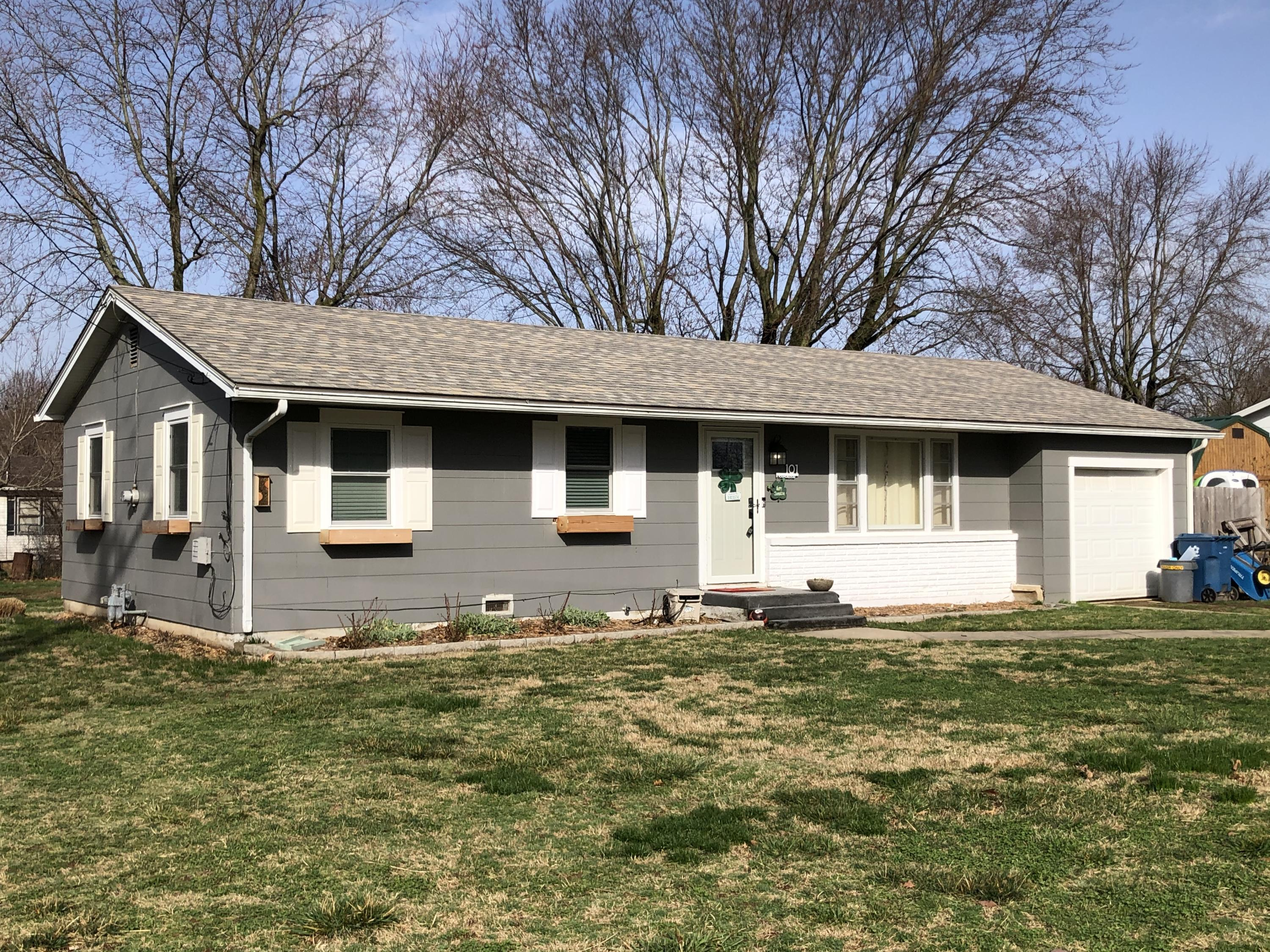 101 North Youngblood Street Marionville, MO 65705