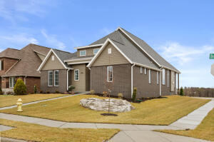 3843 East Brookdale Terrace, Springfield, MO 65802