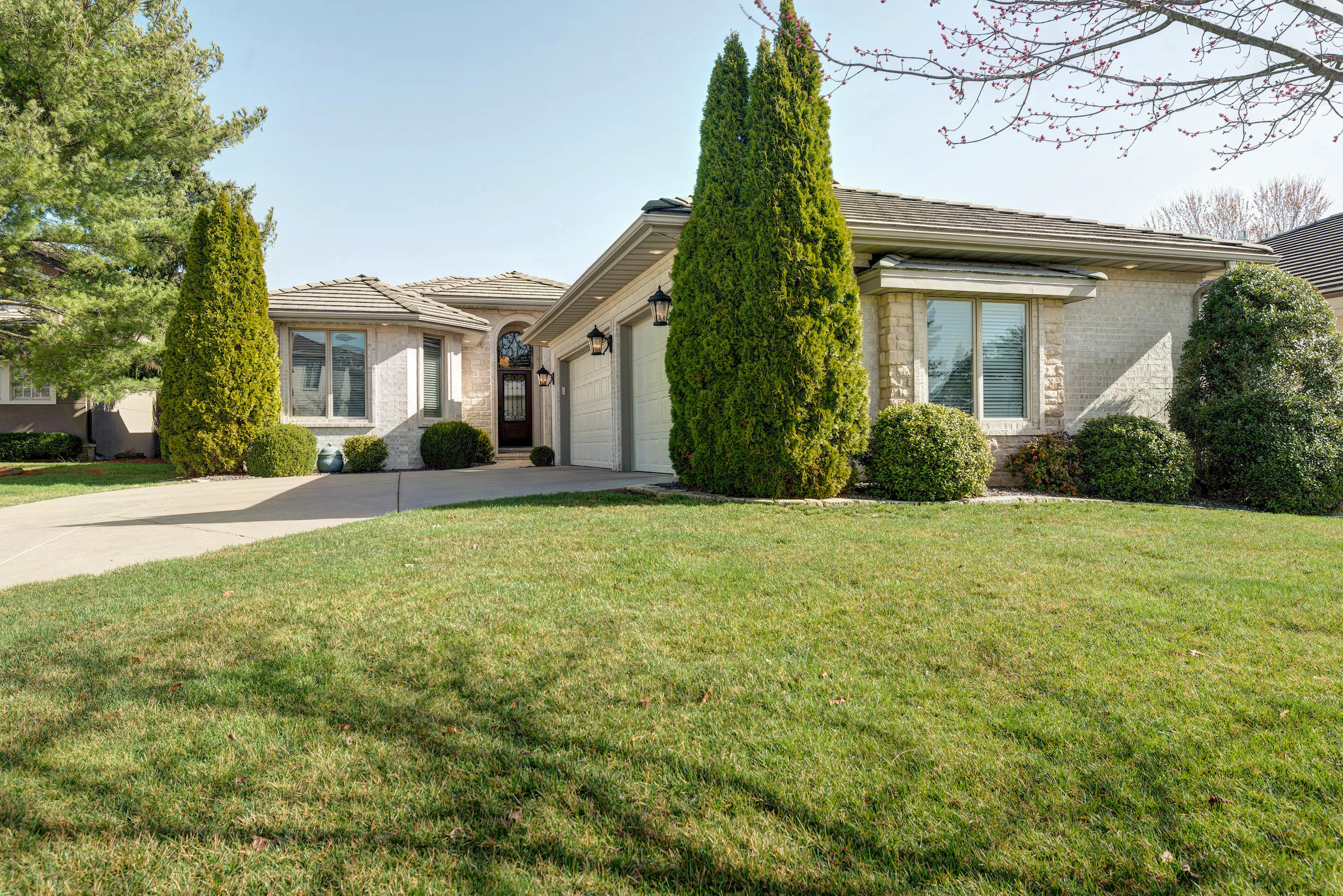 5164 South Stirling Way Springfield, MO 65809