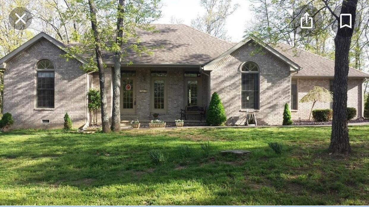 1638 Farm Road Crane, MO 65633