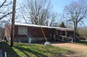 458 Boston Farms Road, Reeds Spring, MO 65737