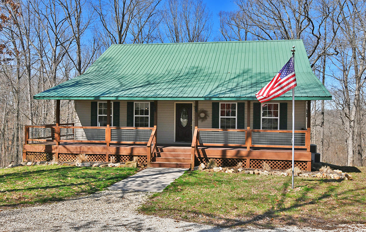 949 Compton Hollow Road Rogersville, MO 65742