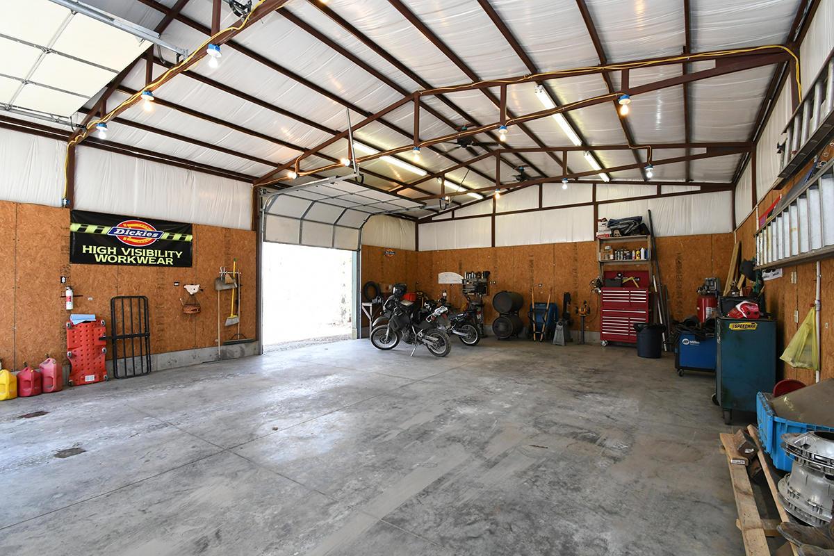 949 Compton Hollow Road Rogersville, MO 65742
