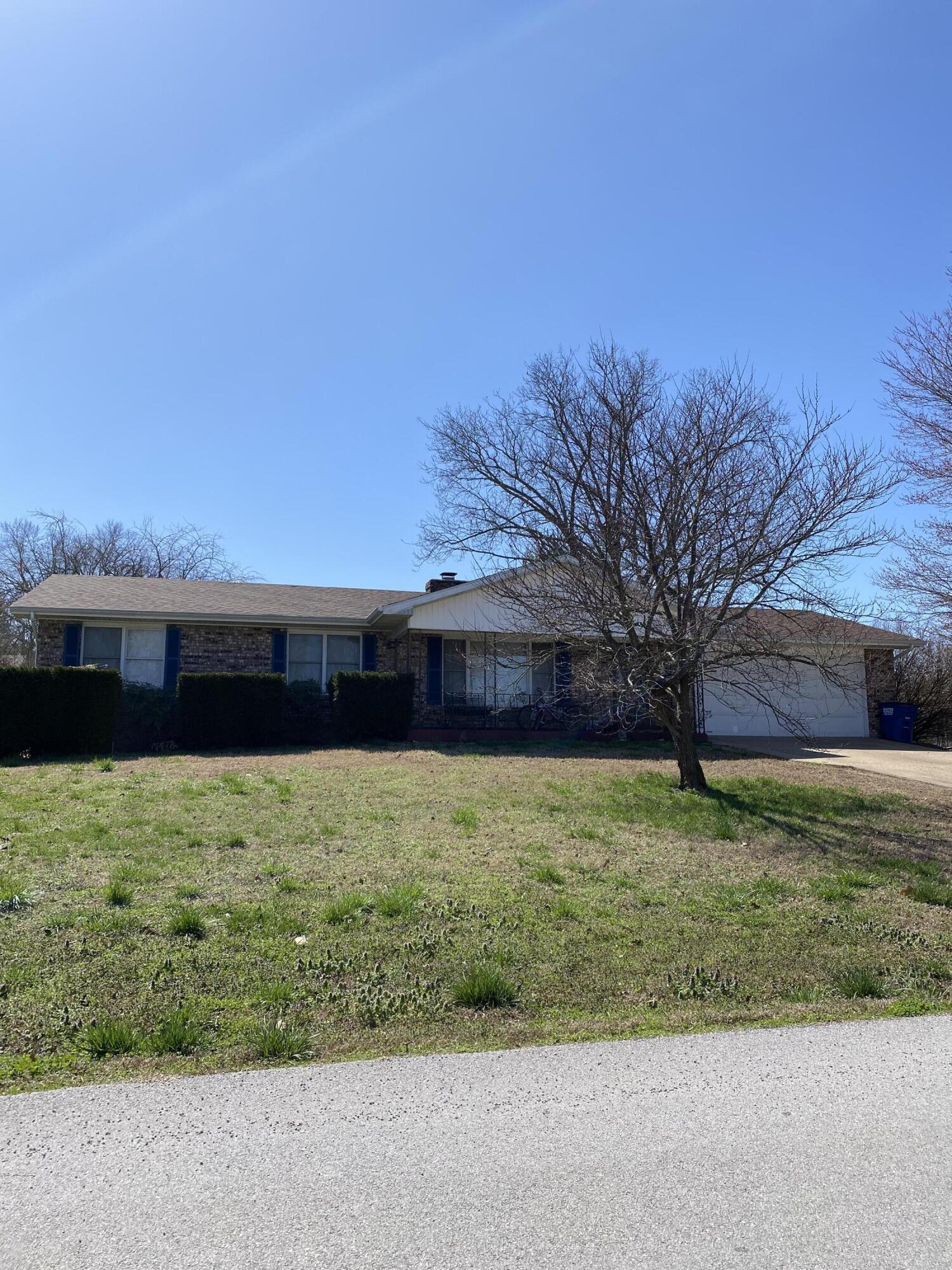 447 Scenic Drive Forsyth, MO 65653
