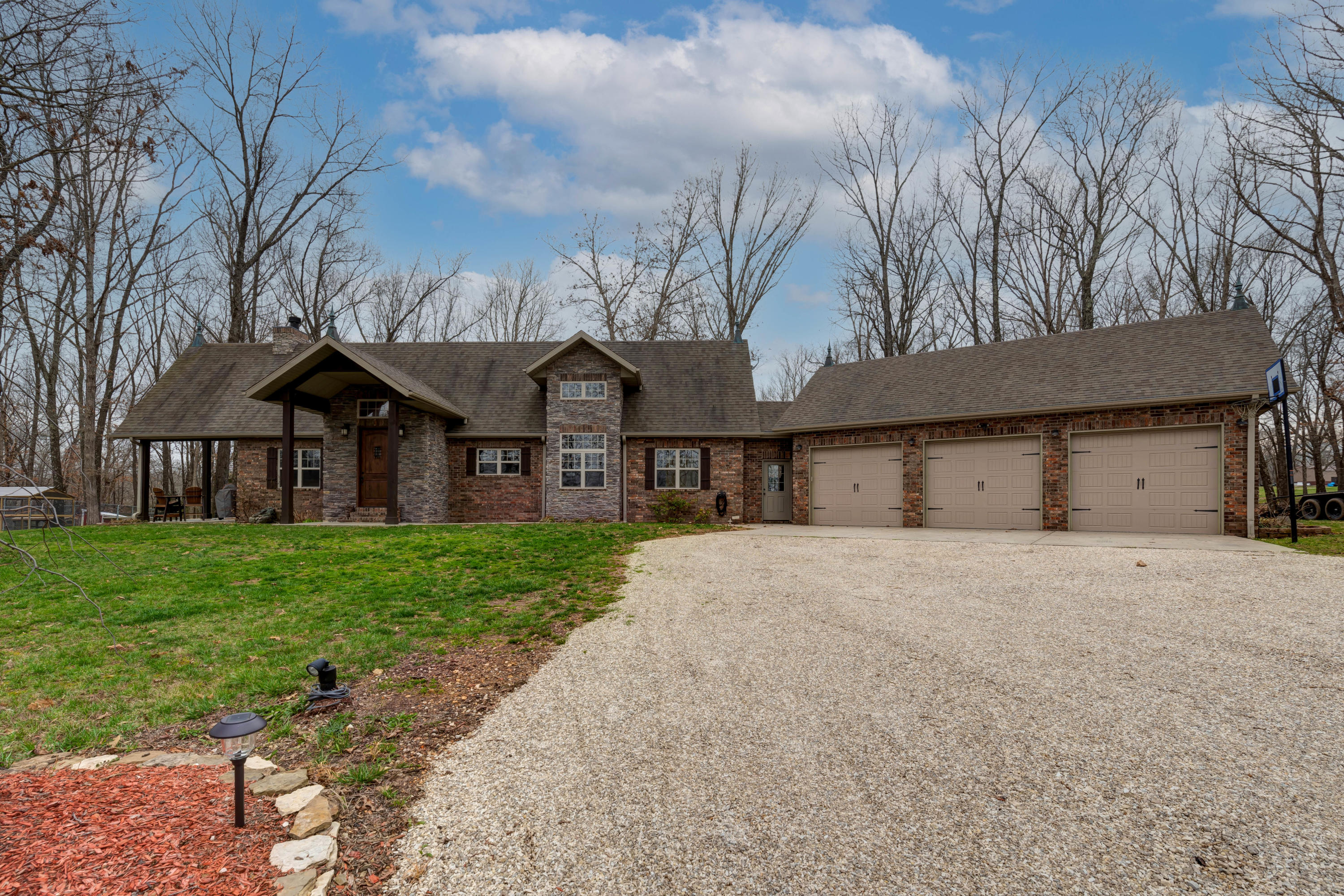 1457 Peck Hollow Road Rogersville, MO 65742