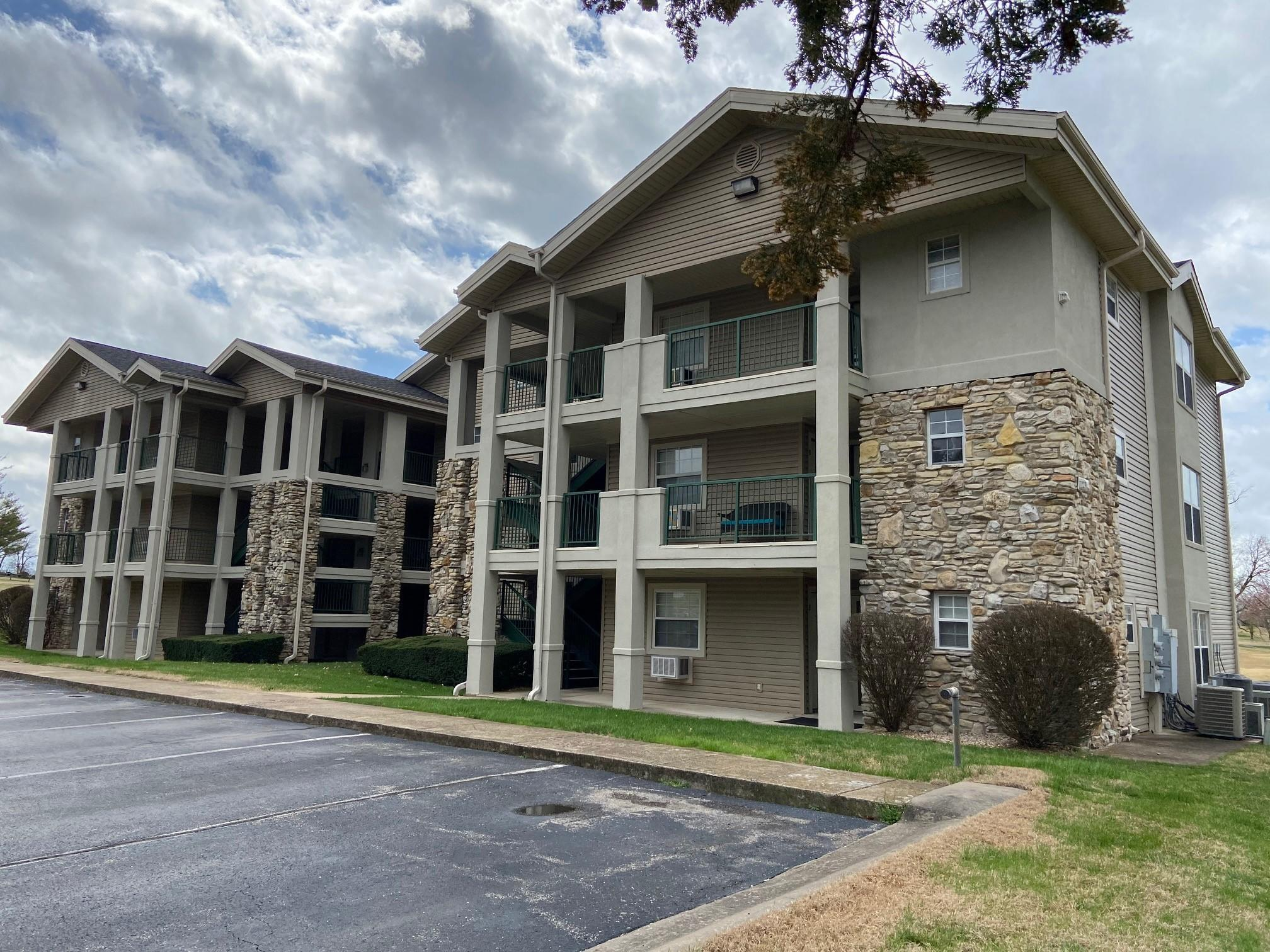 110 West Rockford Drive UNIT #3 Branson, MO 65616