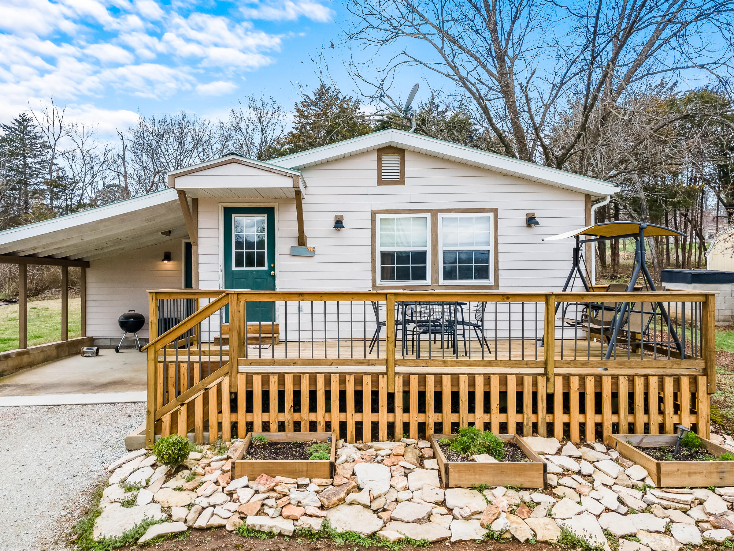 1475 Trace Hollow Road Lampe, MO 65681