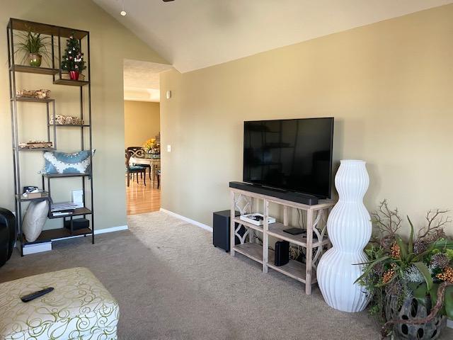 989 West Pembrook Avenue Nixa, MO 65714