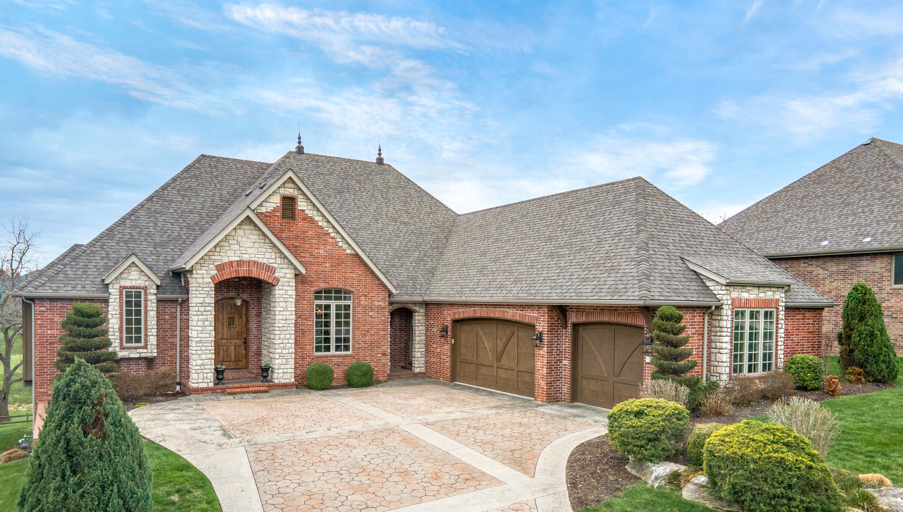 5825 South Brightwater Trail Springfield, MO 65810