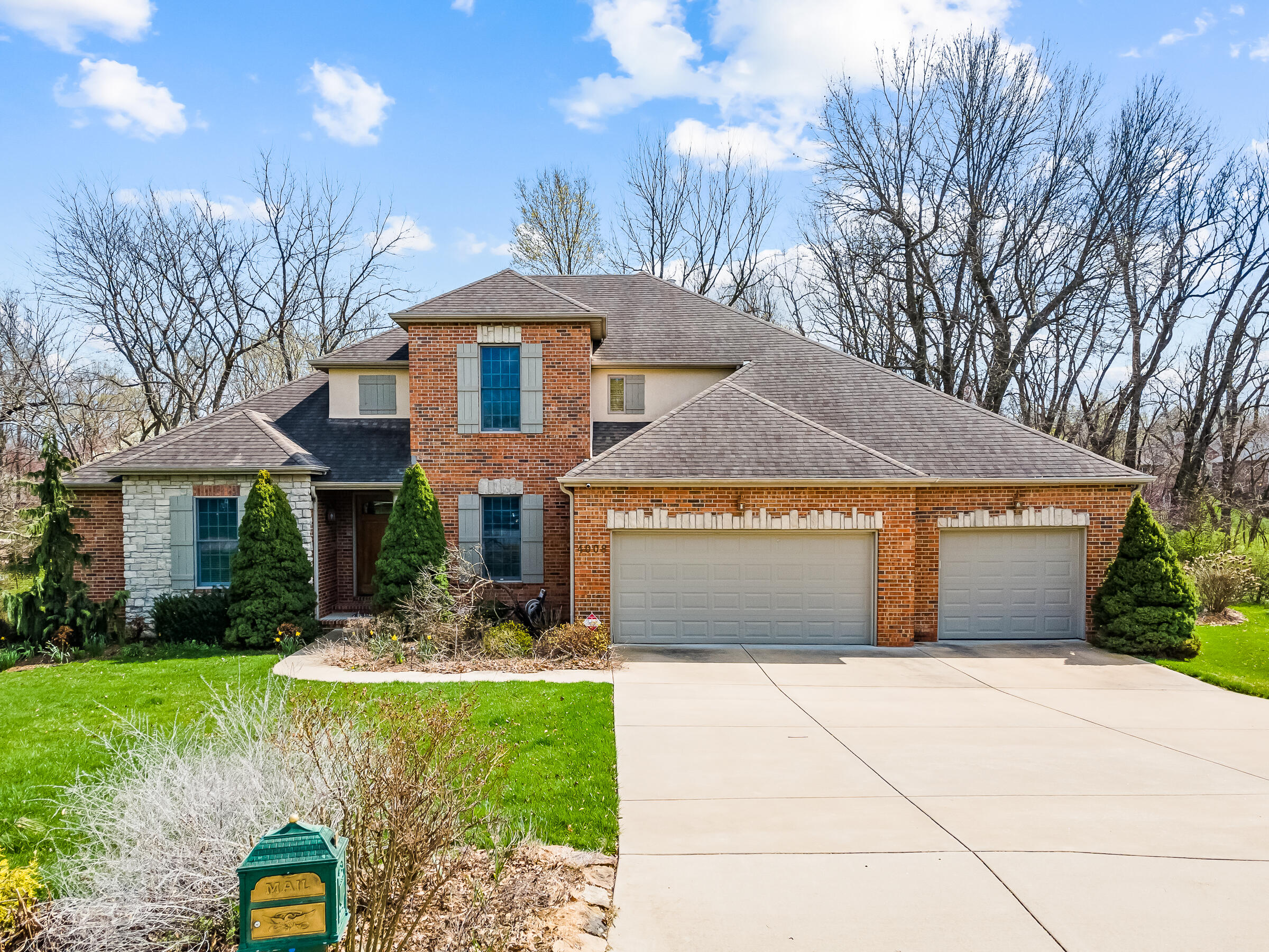 4008 East Windsong Street Springfield, MO 65809