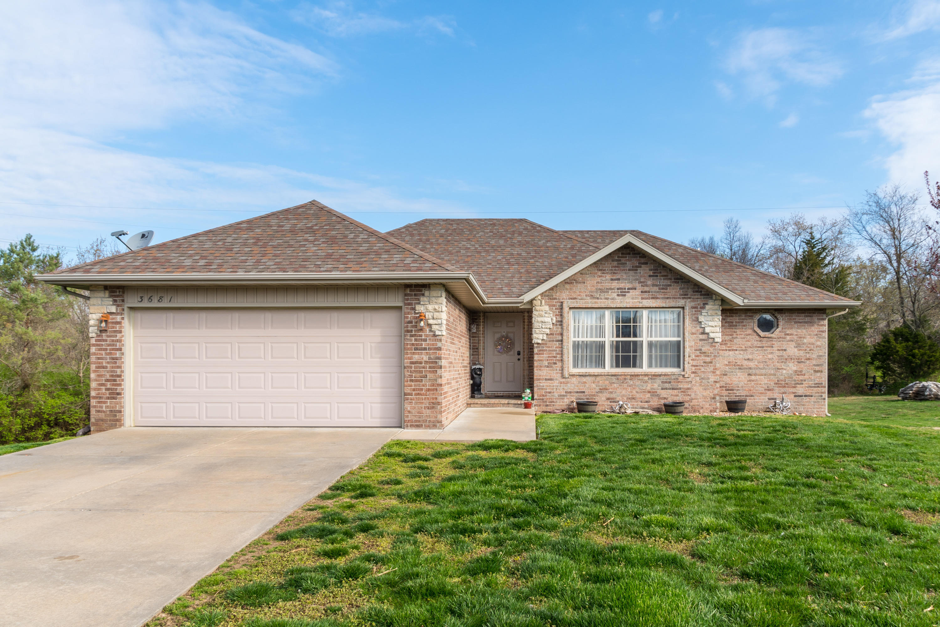 3681 West Erie Street Springfield, MO 65807