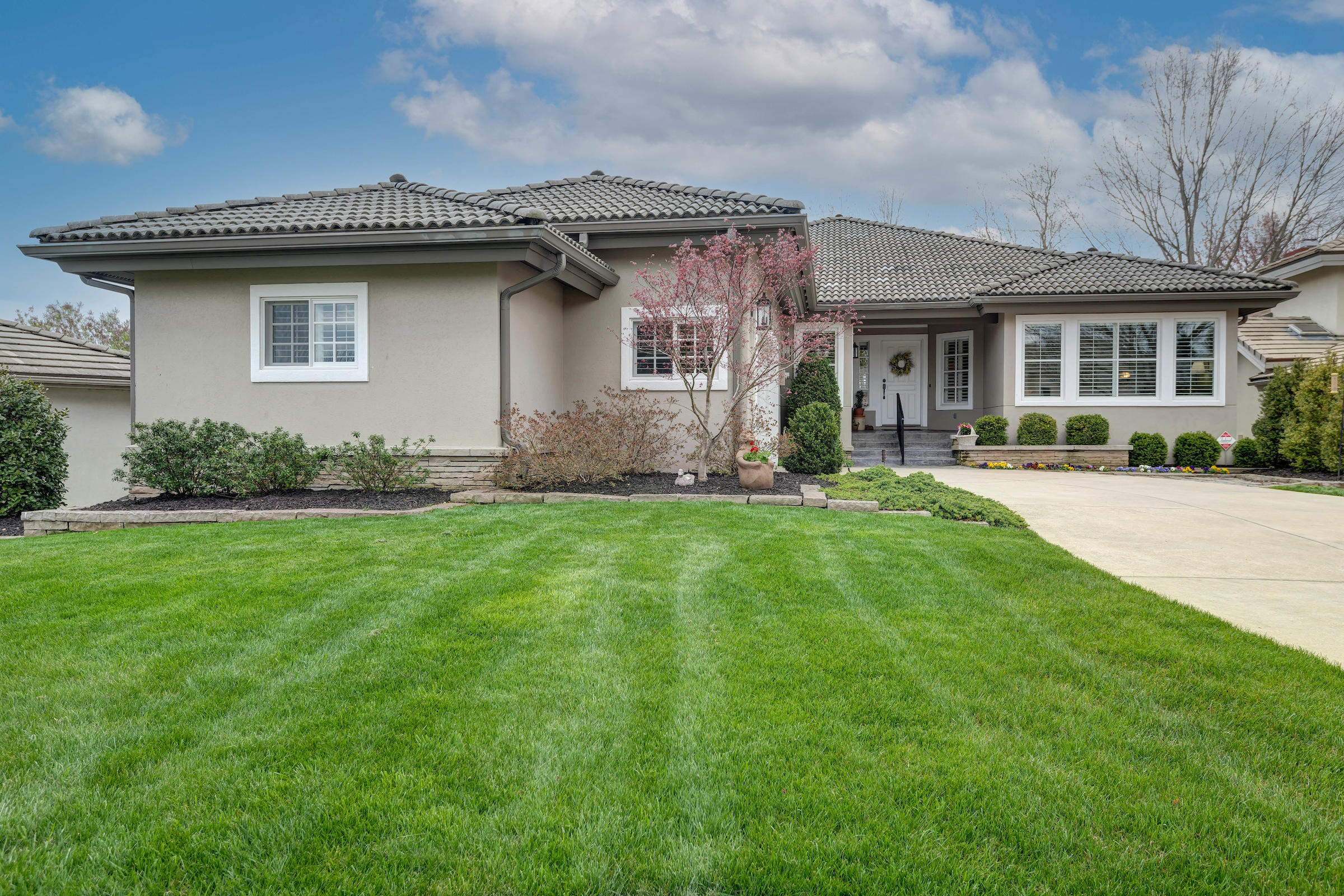3958 East Villa Way Springfield, MO 65809