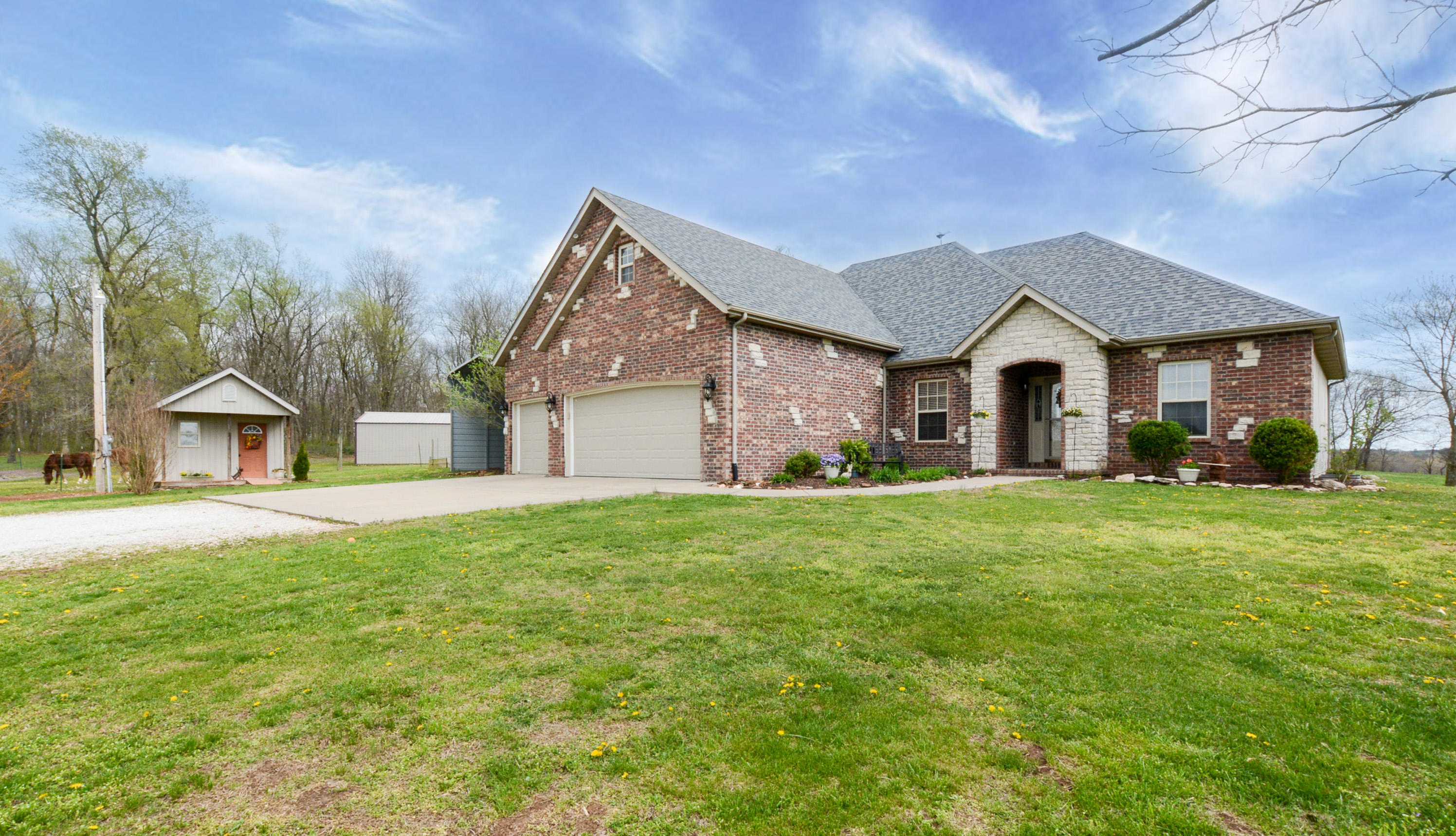 13638 West Wild Rose Lane Ash Grove, MO 65604